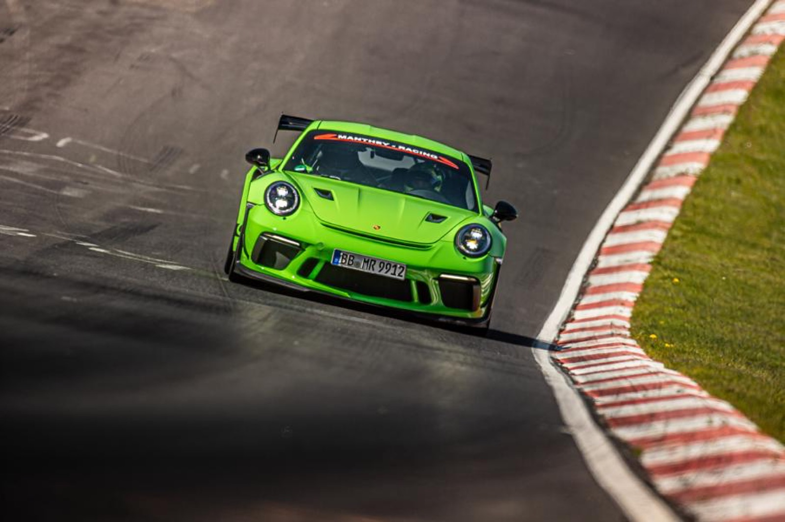 Porsche-911-GT3-RS-MR-by-Manthey-Racing-14