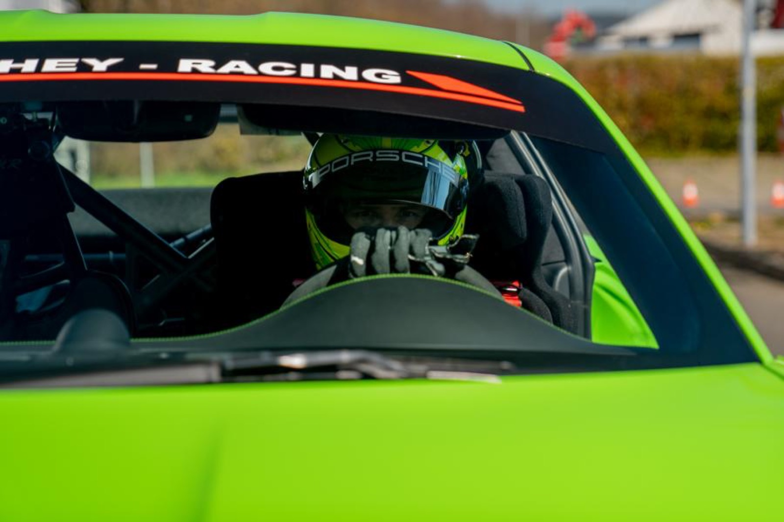 Porsche-911-GT3-RS-MR-by-Manthey-Racing-15