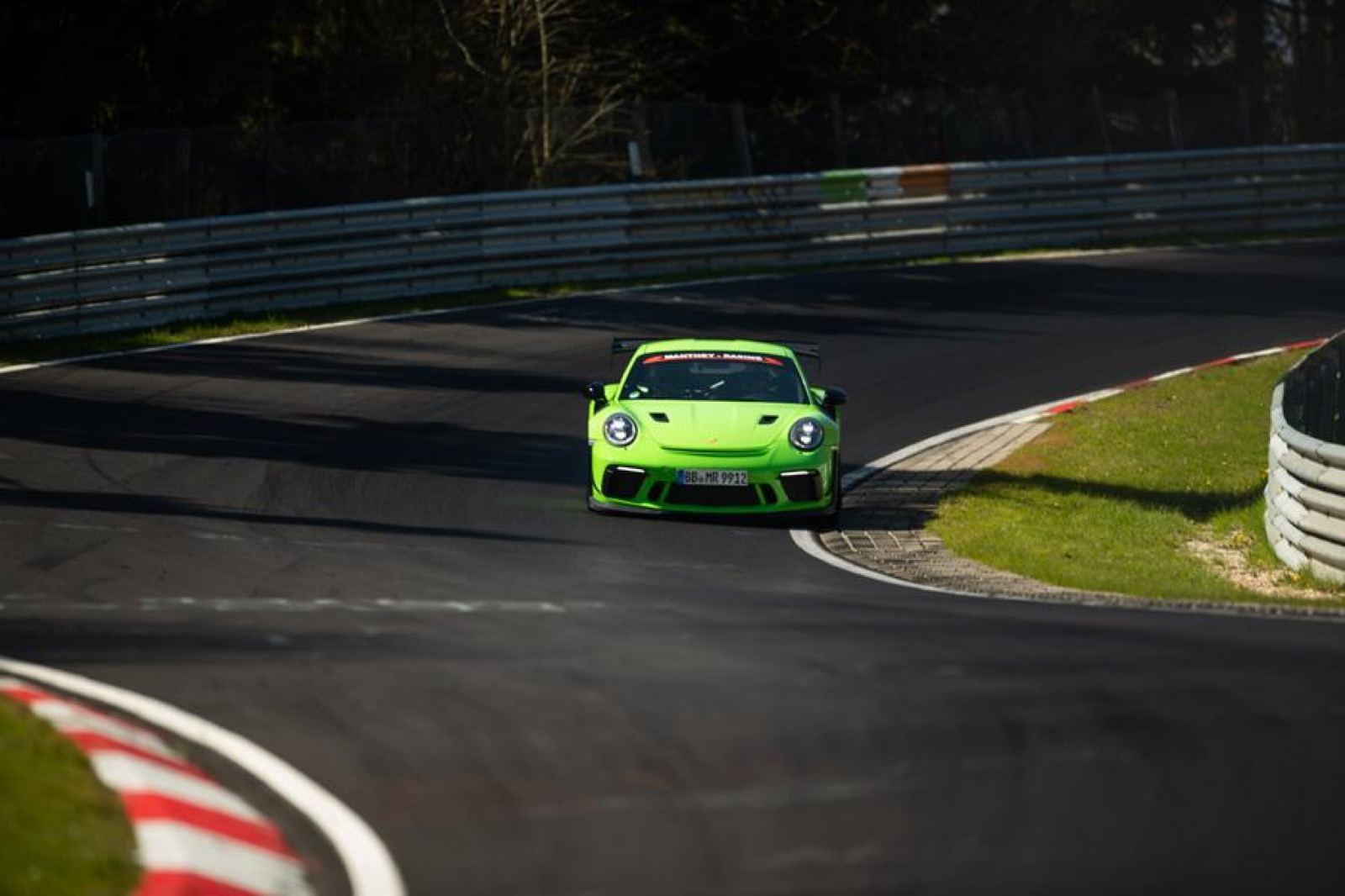 Porsche-911-GT3-RS-MR-by-Manthey-Racing-6