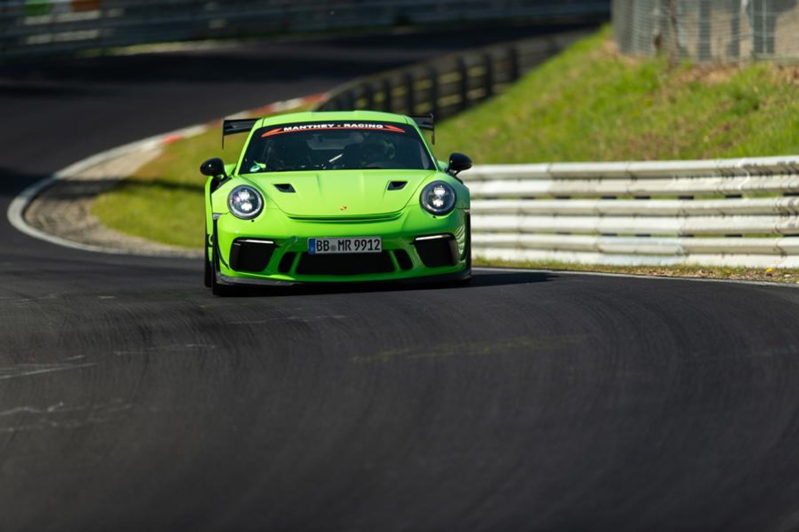 Porsche-911-GT3-RS-MR-by-Manthey-Racing-7
