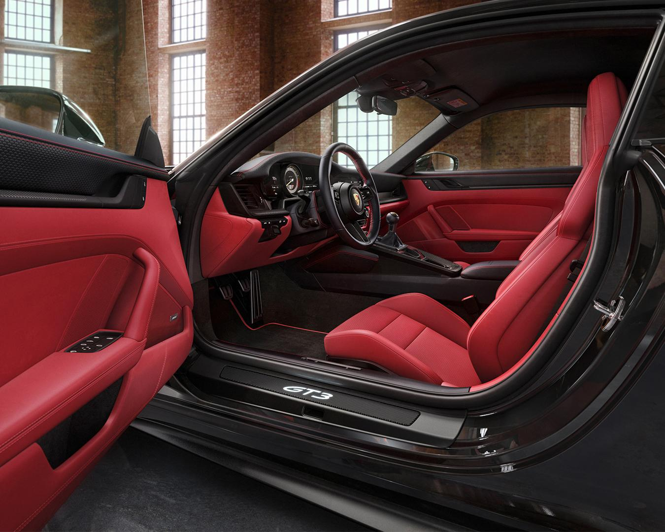 Porsche-911-GT3-Touring-by-Porsche-Exclusive-Manufaktur-5