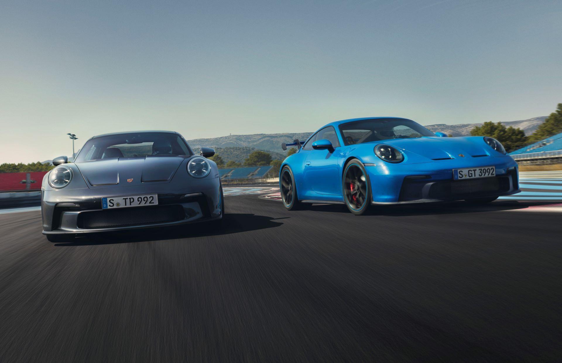 Porsche-911-GT3-Touring-Package-1