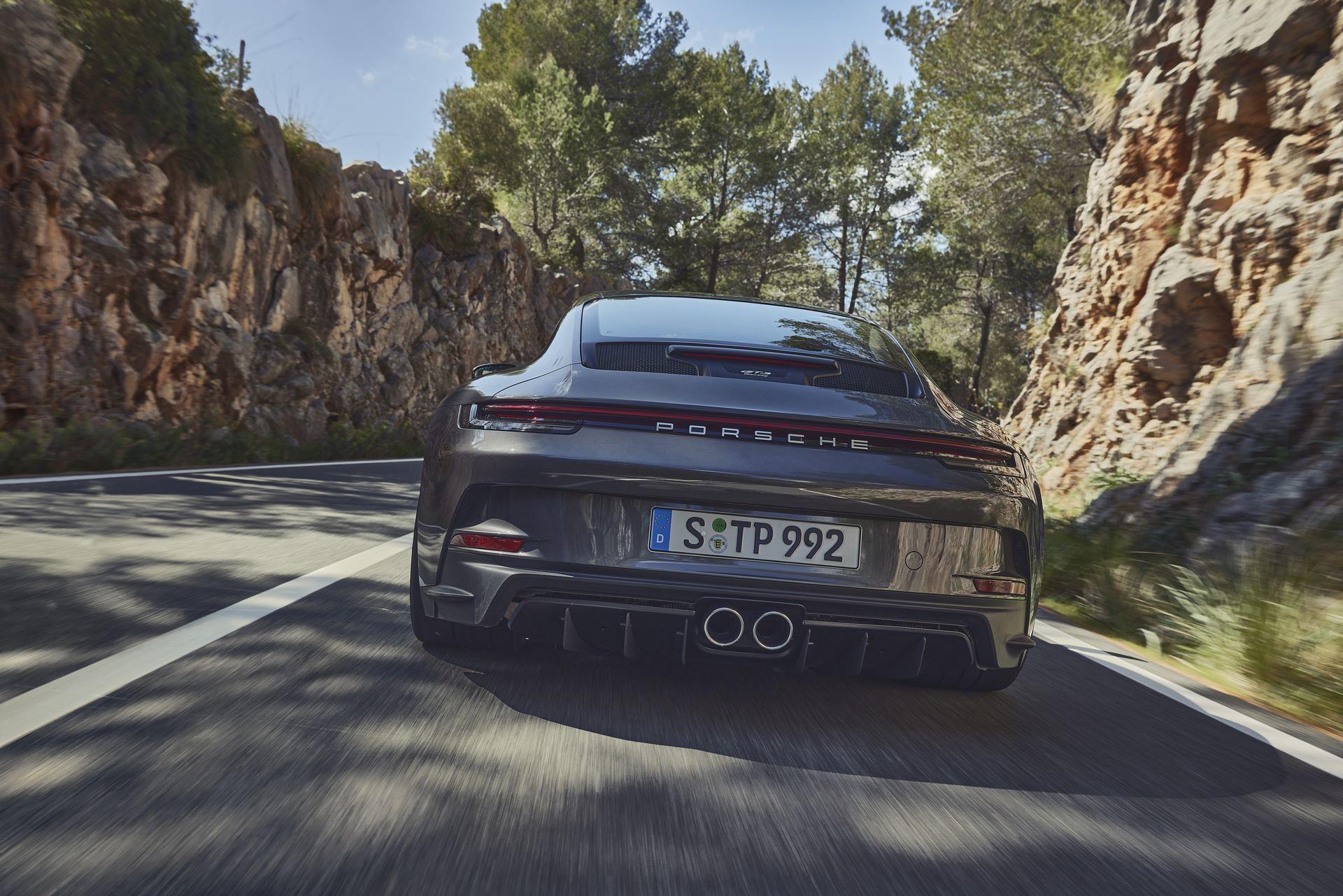 Porsche-911-GT3-Touring-Package-13