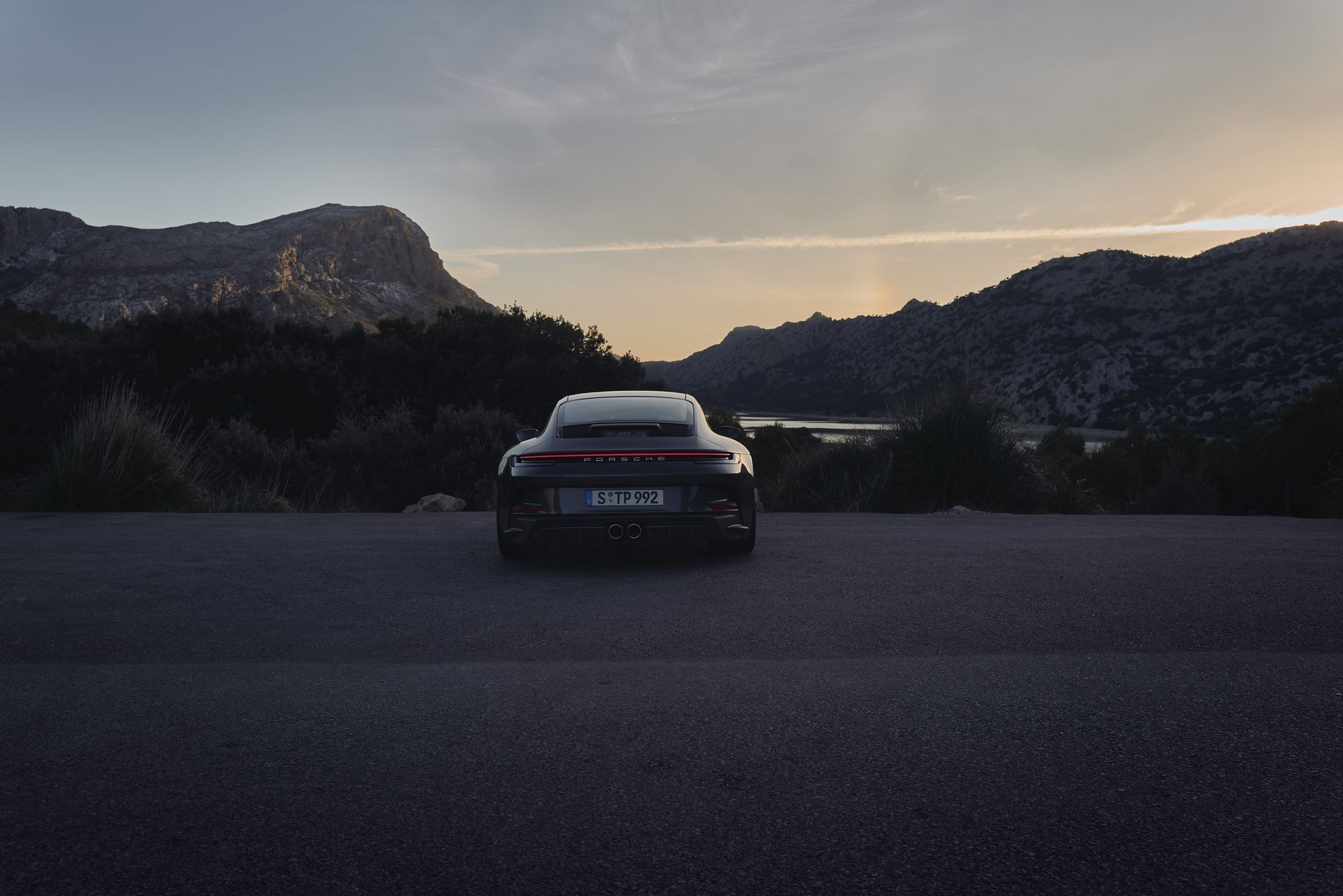 Porsche-911-GT3-Touring-Package-19