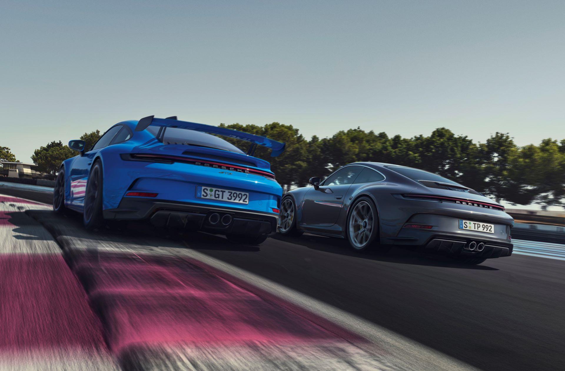 Porsche-911-GT3-Touring-Package-2