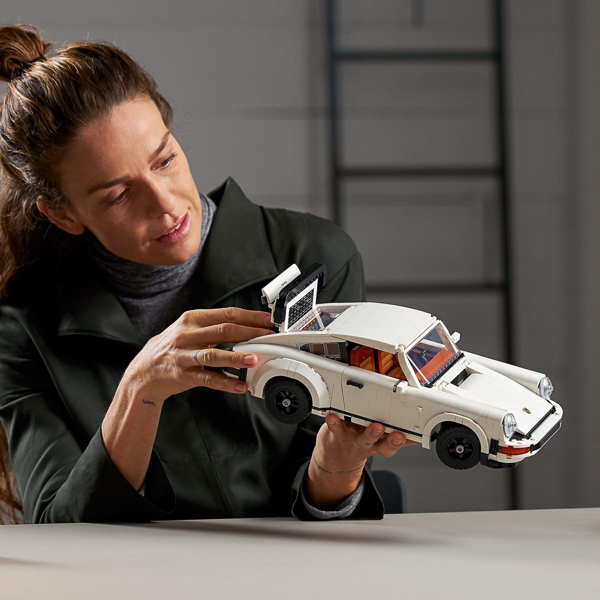 Porsche-911-Turbo-and-Targa-kit-17