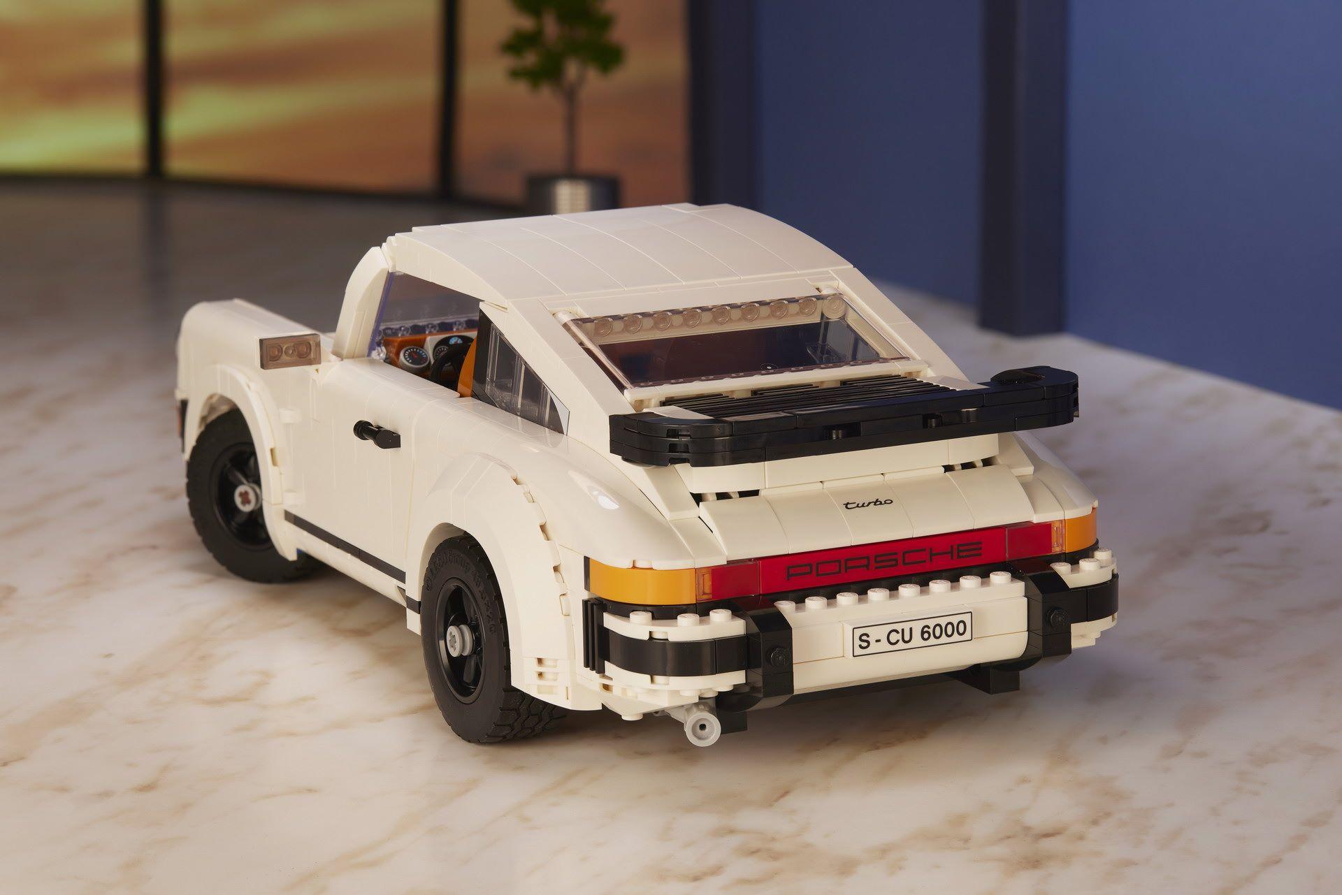 Porsche-911-Turbo-and-Targa-kit-2