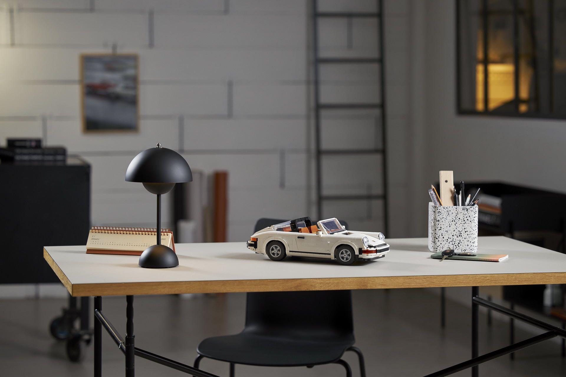 Porsche-911-Turbo-and-Targa-kit-6