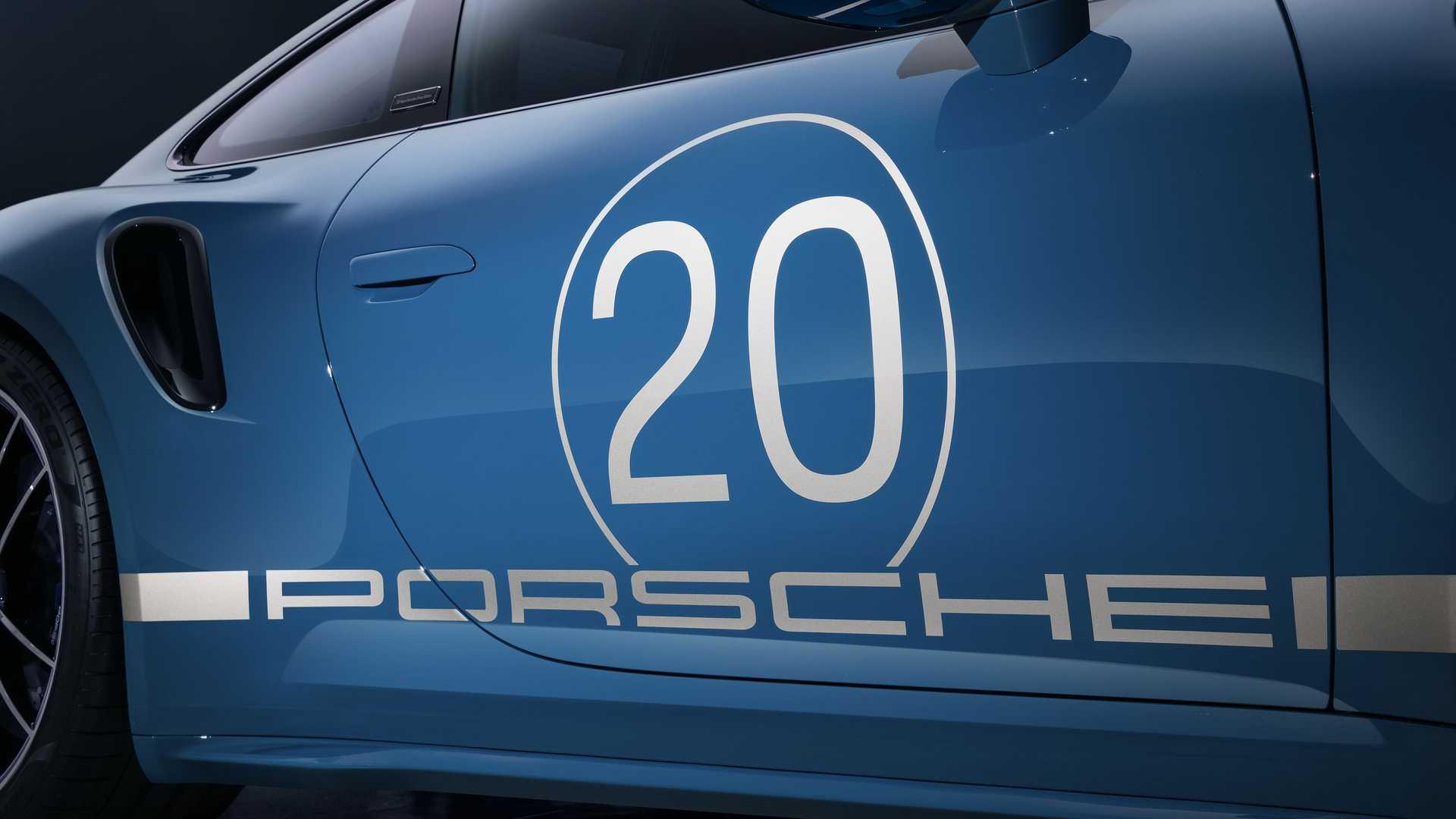 Porsche-911-Turbo-S-20th-Anniversary-Edition-14