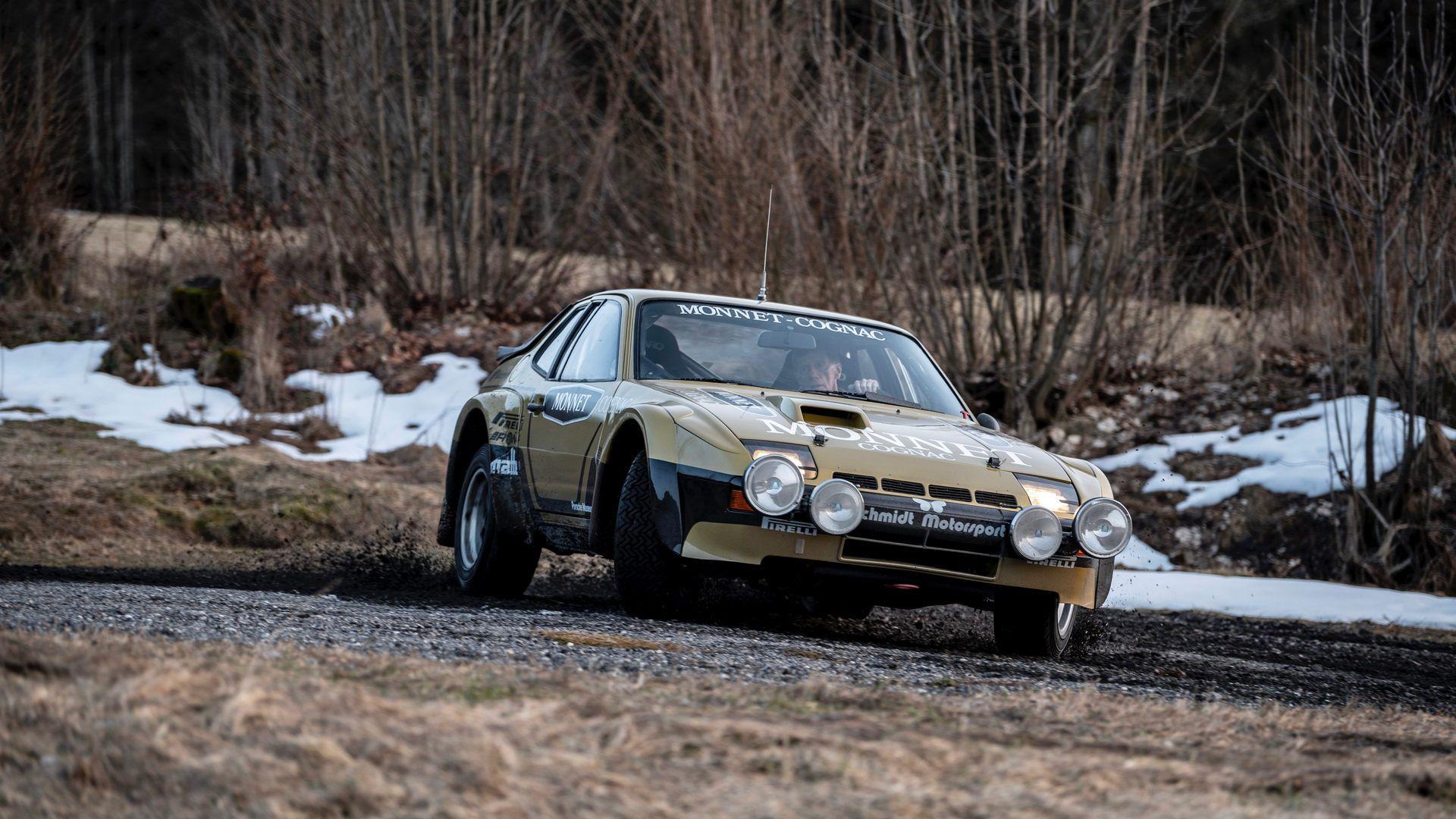Porsche-924-Carrera-GTS-rally-car-Walter-Rohrl-11