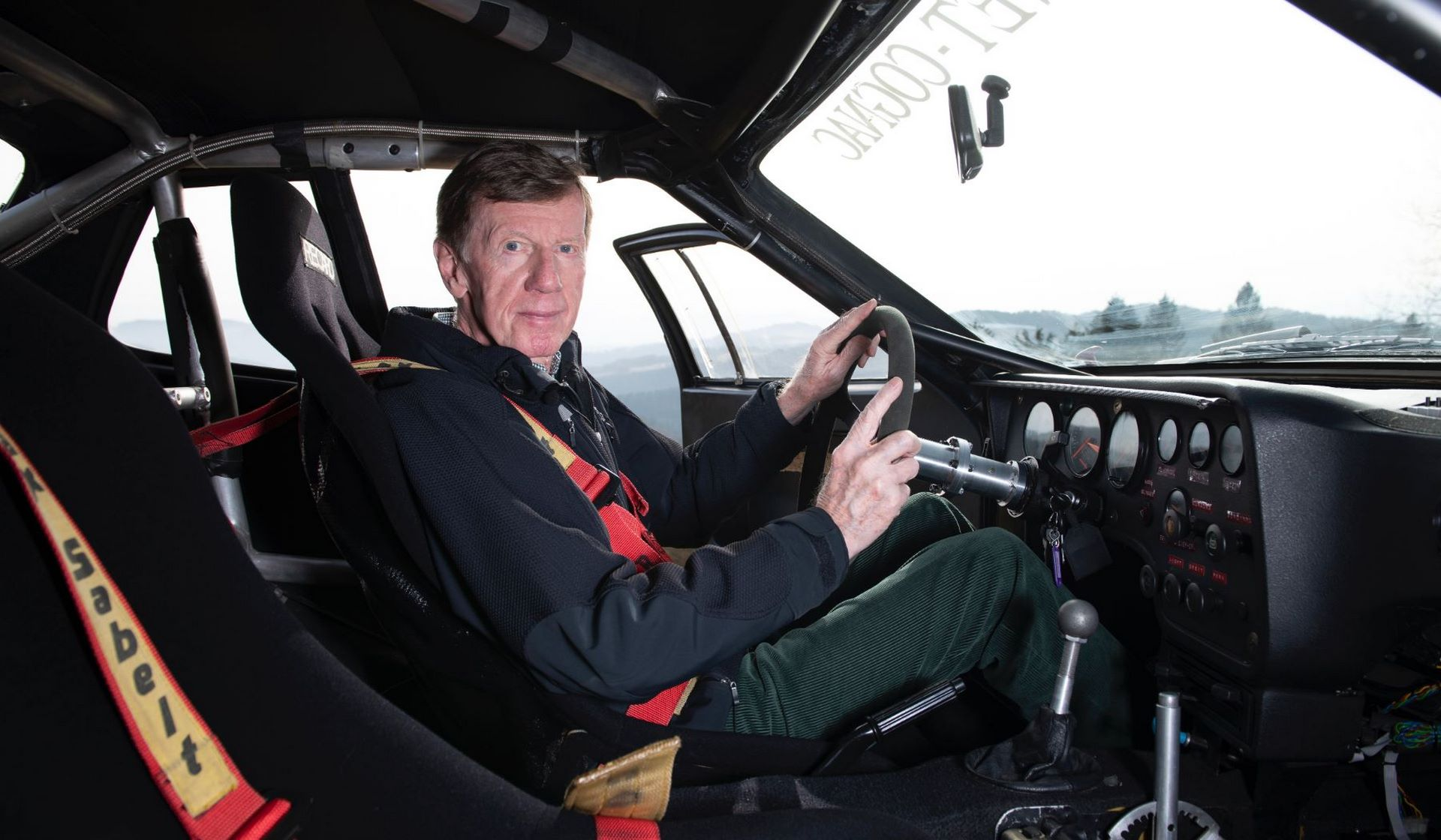 Porsche-924-Carrera-GTS-rally-car-Walter-Rohrl-13