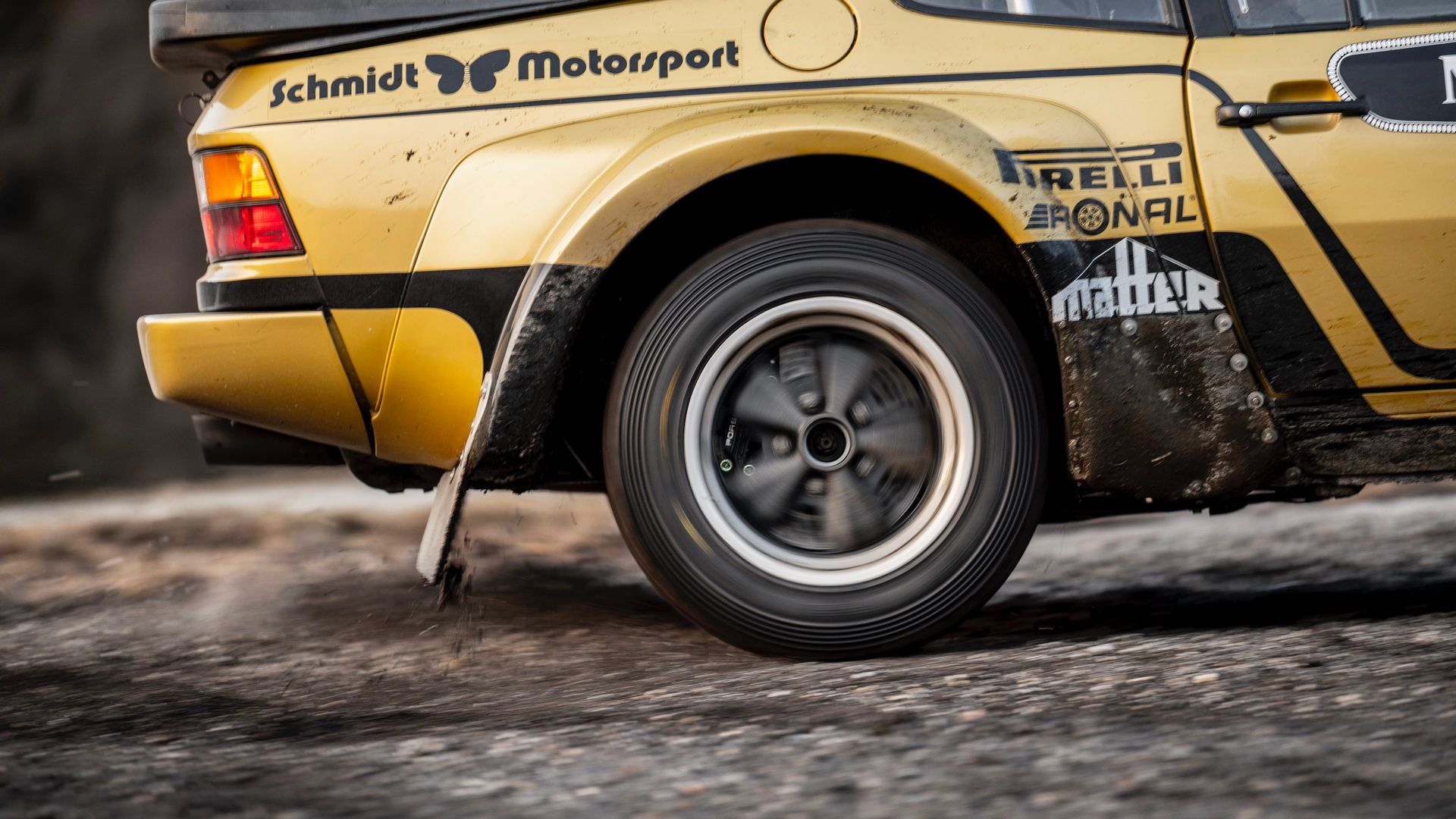 Porsche-924-Carrera-GTS-rally-car-Walter-Rohrl-16