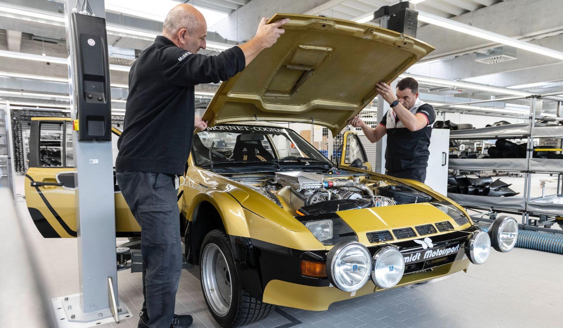 Porsche-924-Carrera-GTS-rally-car-Walter-Rohrl-18