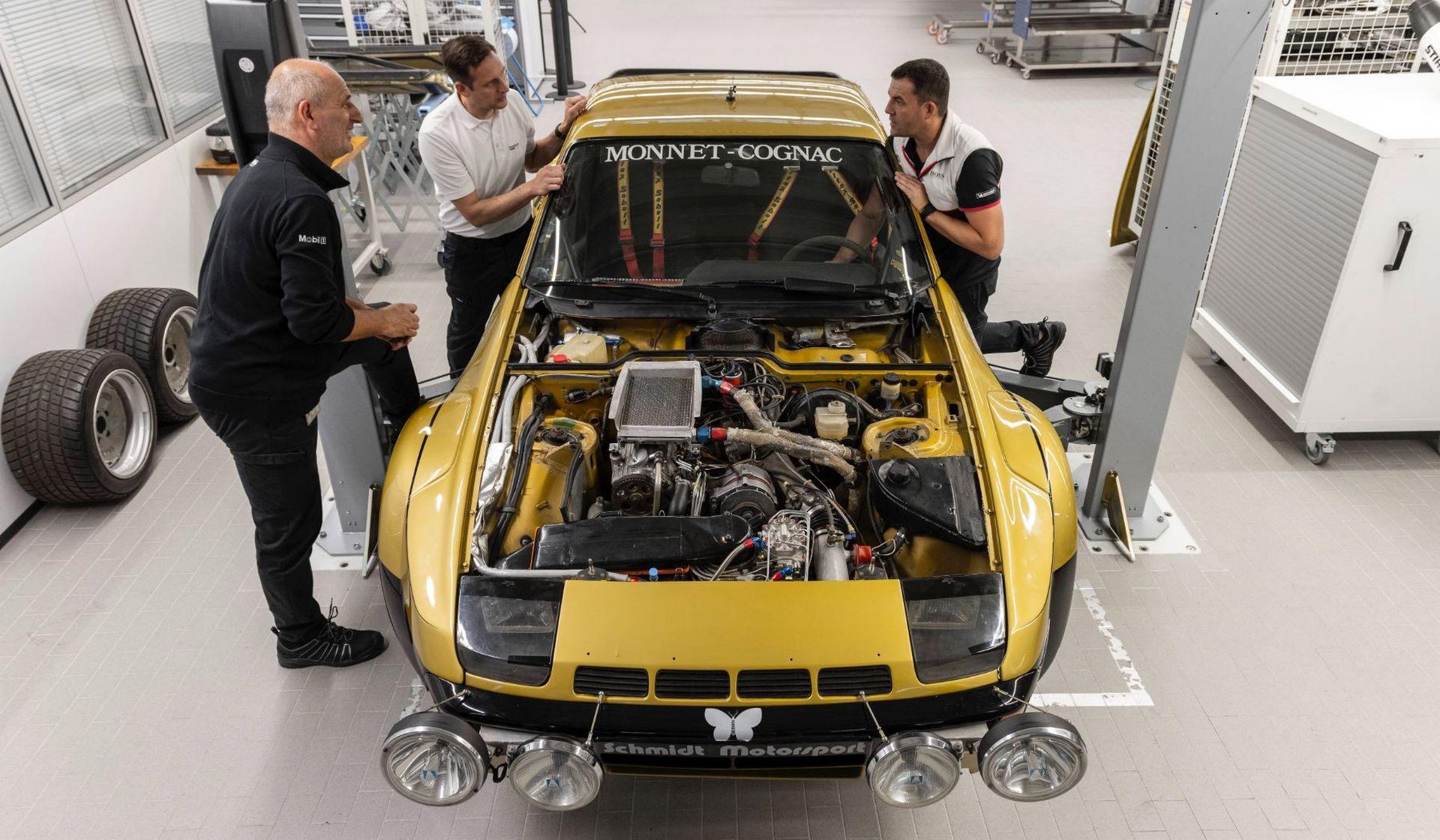Porsche-924-Carrera-GTS-rally-car-Walter-Rohrl-28