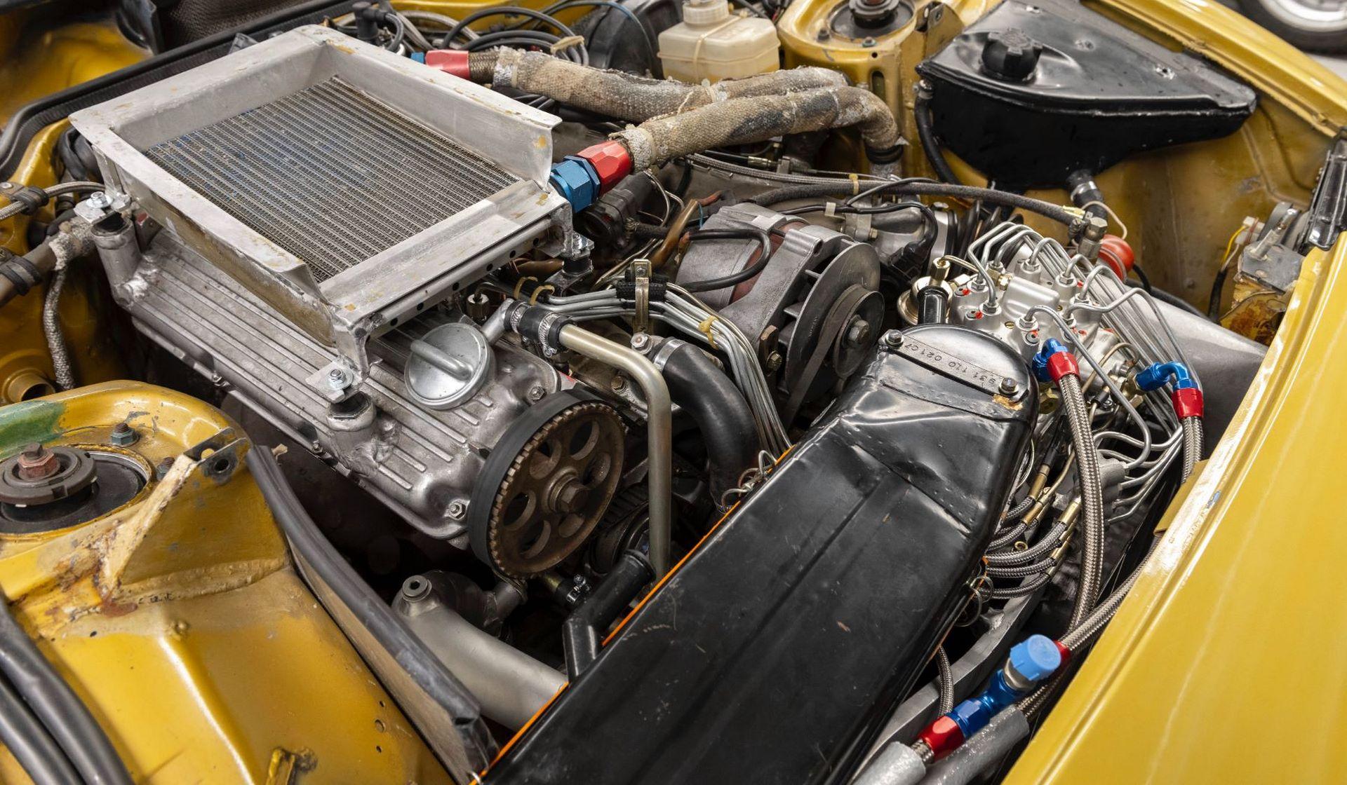 Porsche-924-Carrera-GTS-rally-car-Walter-Rohrl-29