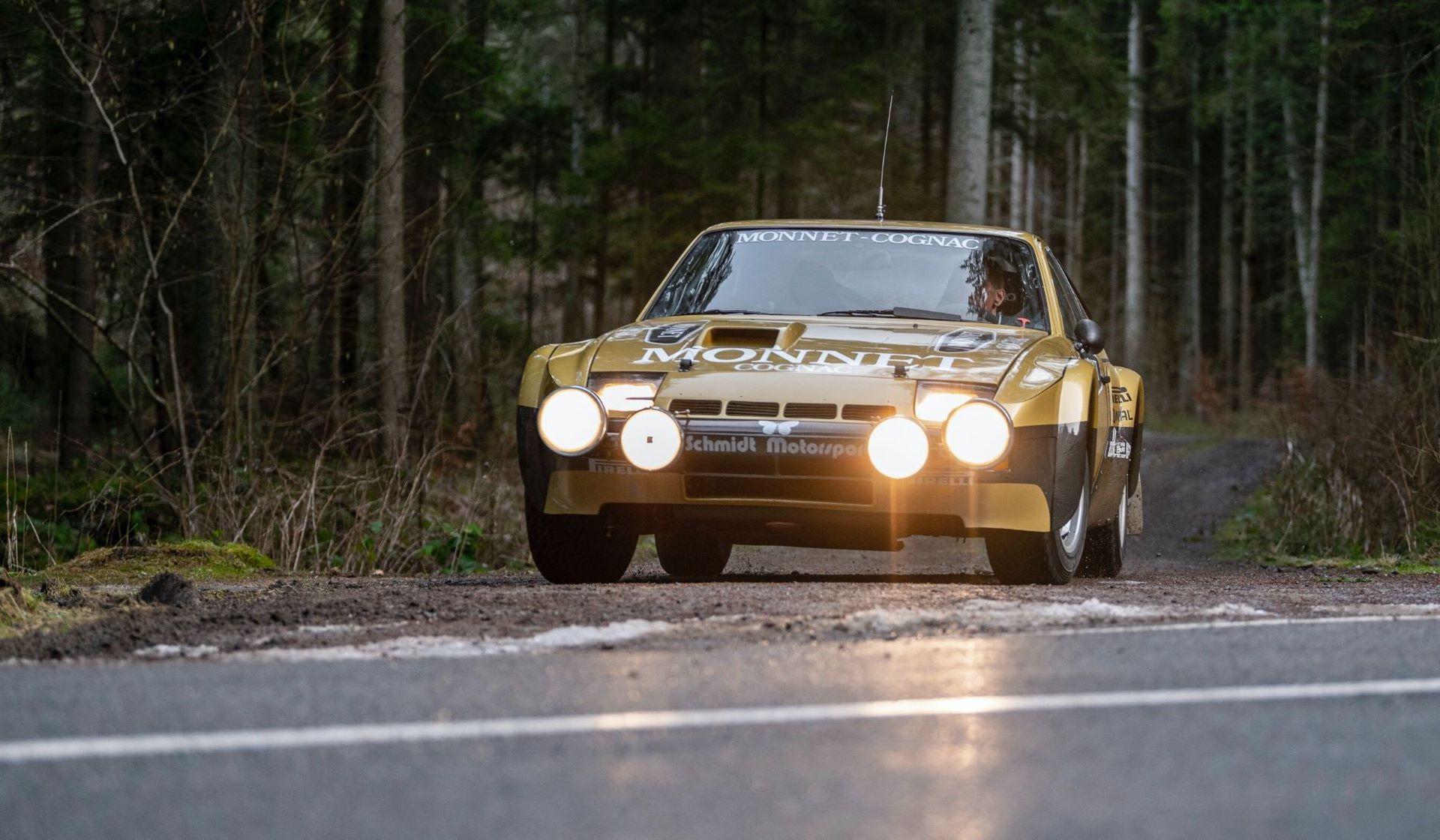 Porsche-924-Carrera-GTS-rally-car-Walter-Rohrl-4