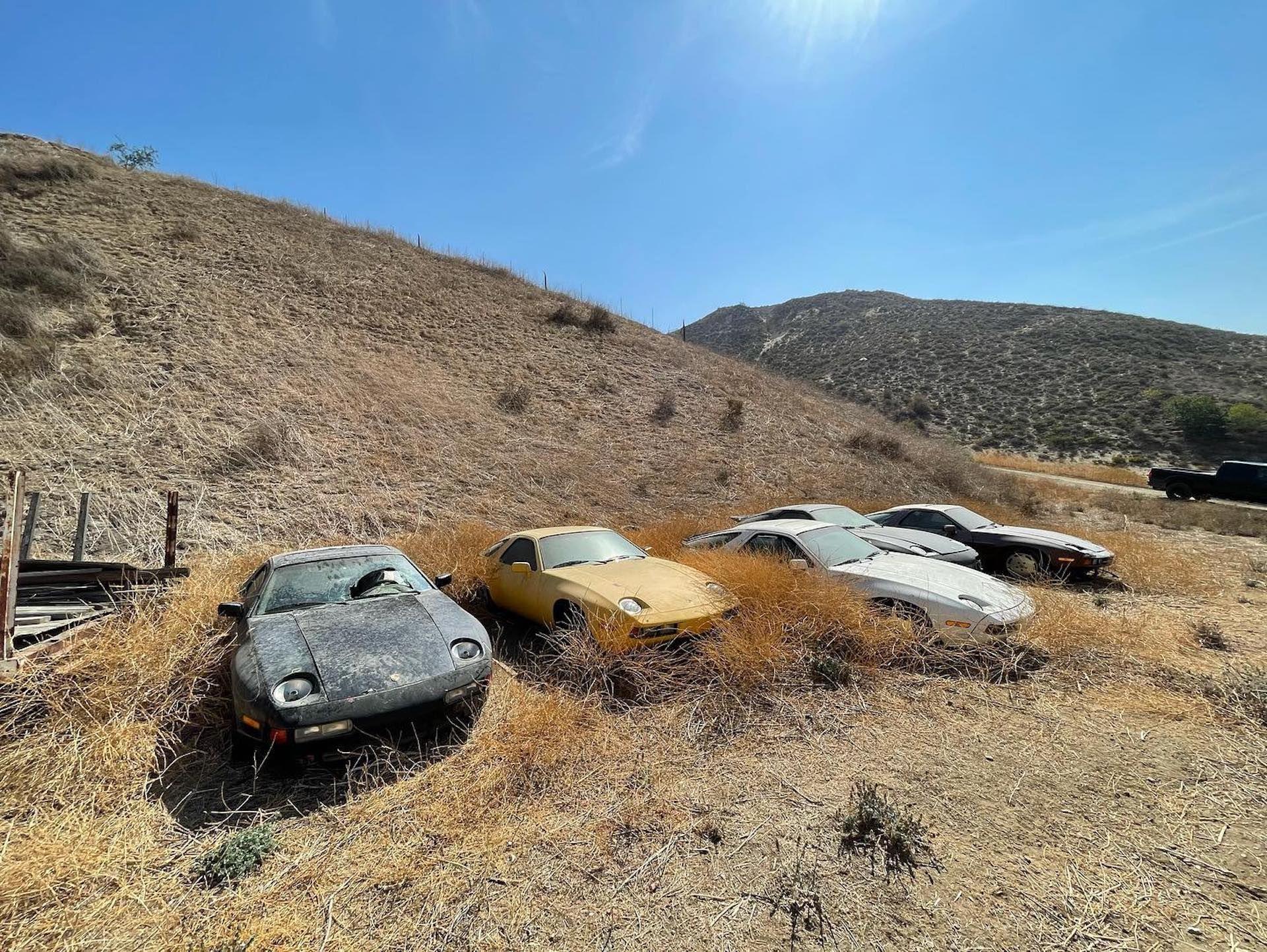 Porsche-928-abandoned-3