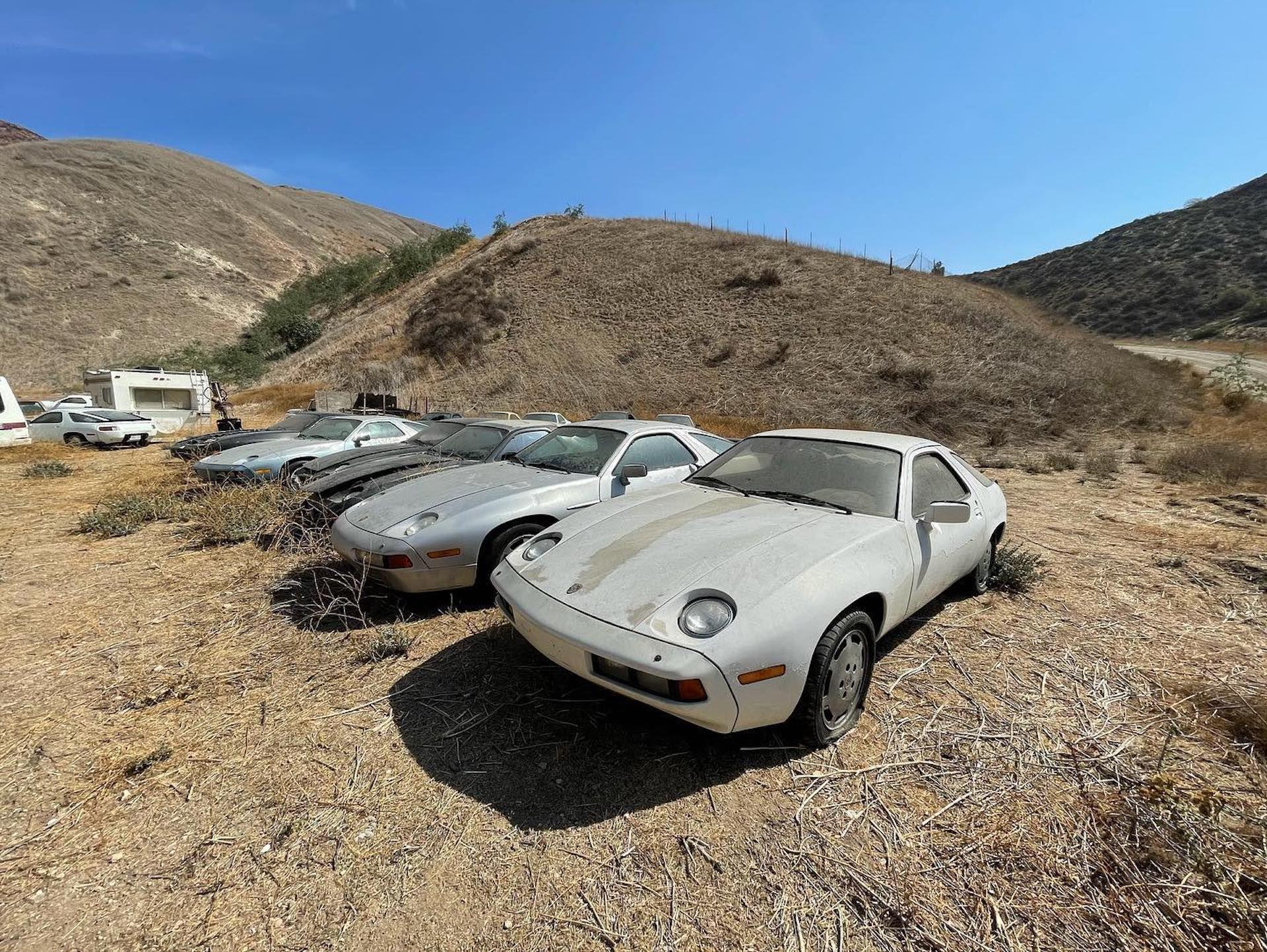 Porsche-928-abandoned-7