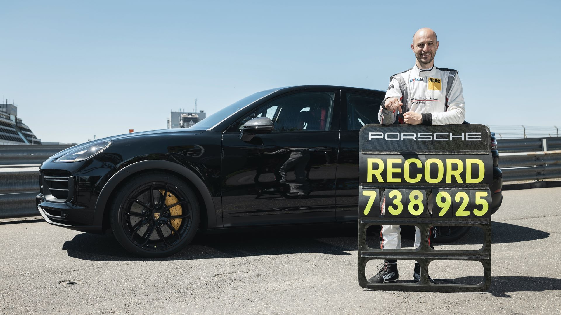 Porsche-Cayenne-Coupe-Nurburgring-SUV-lap-record-1