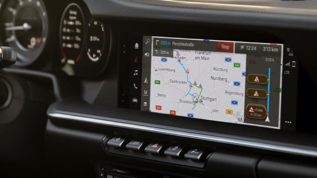 Porsche-Communication-Management-6-10