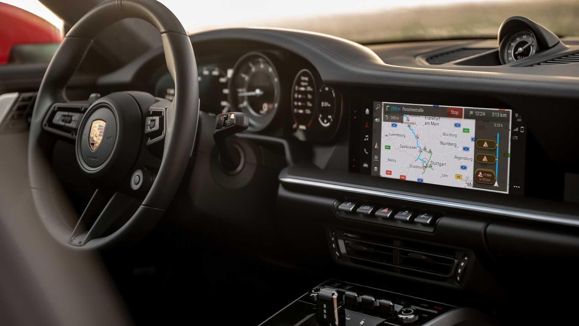 Porsche-Communication-Management-6-11