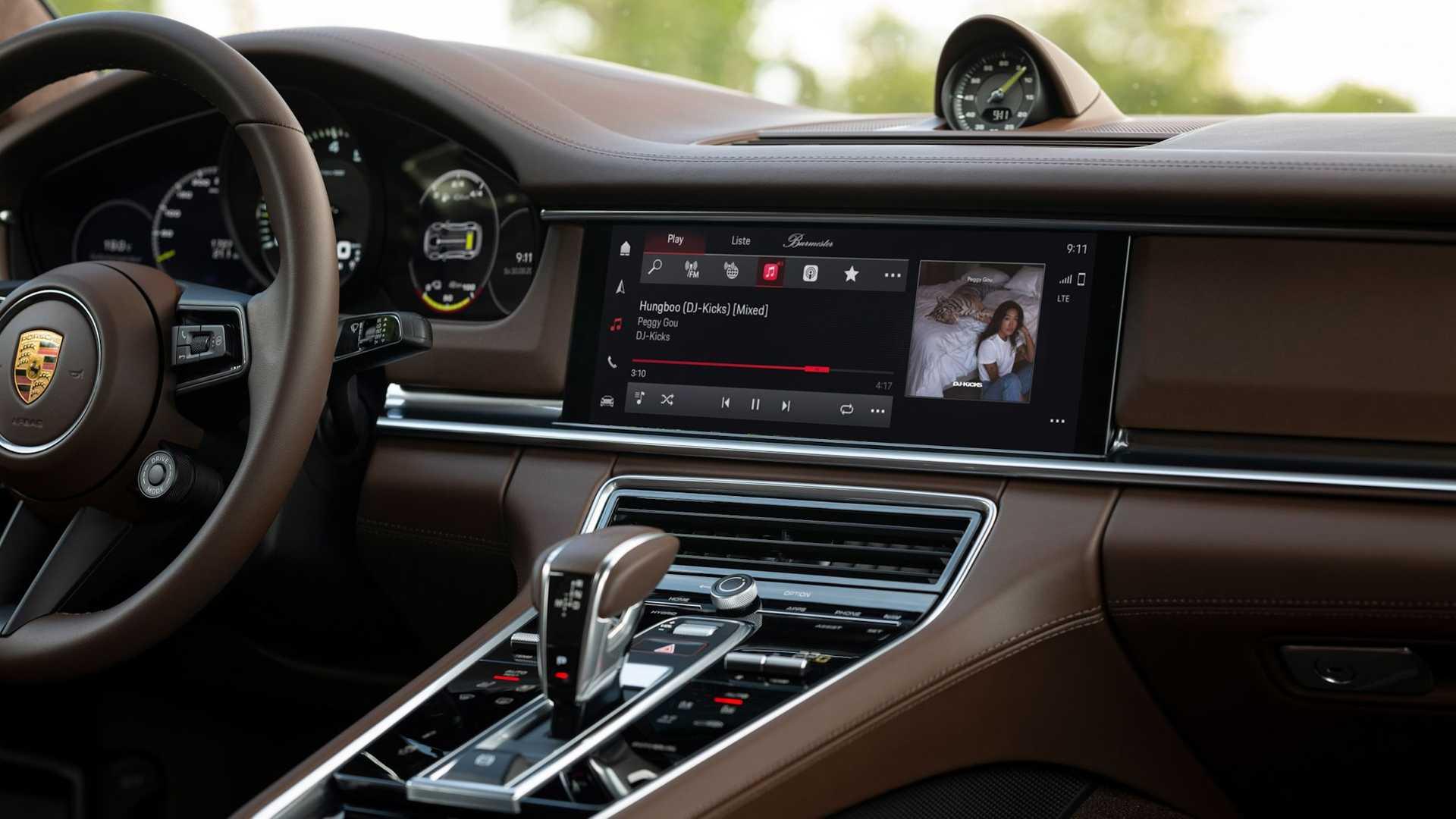Porsche-Communication-Management-6-27