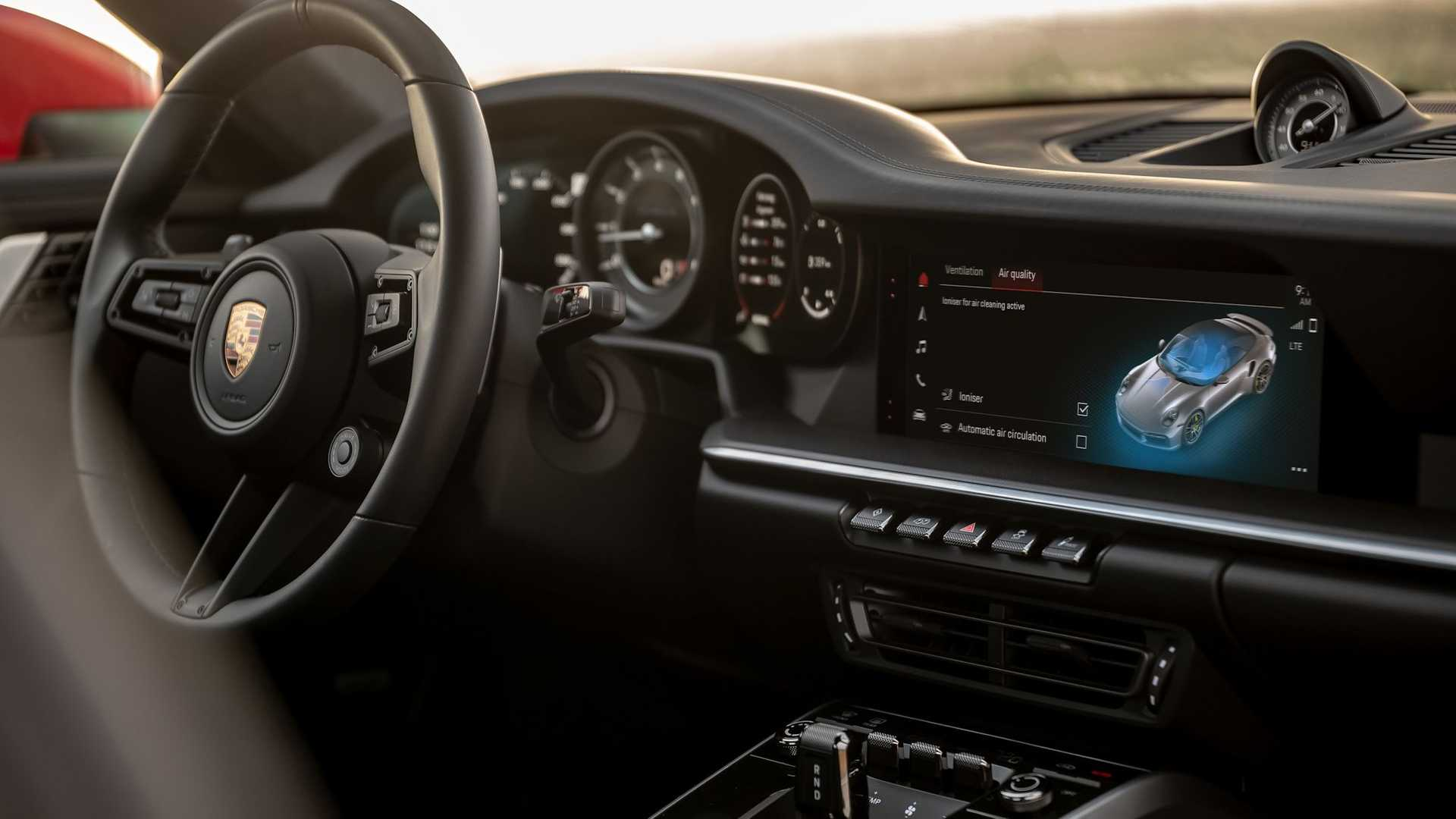 Porsche-Communication-Management-6-4
