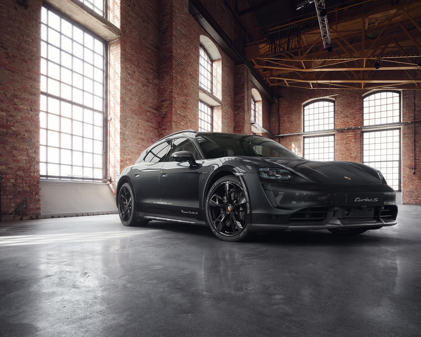 Porsche-Exclusive-Taycan-Cross-Turismo-1