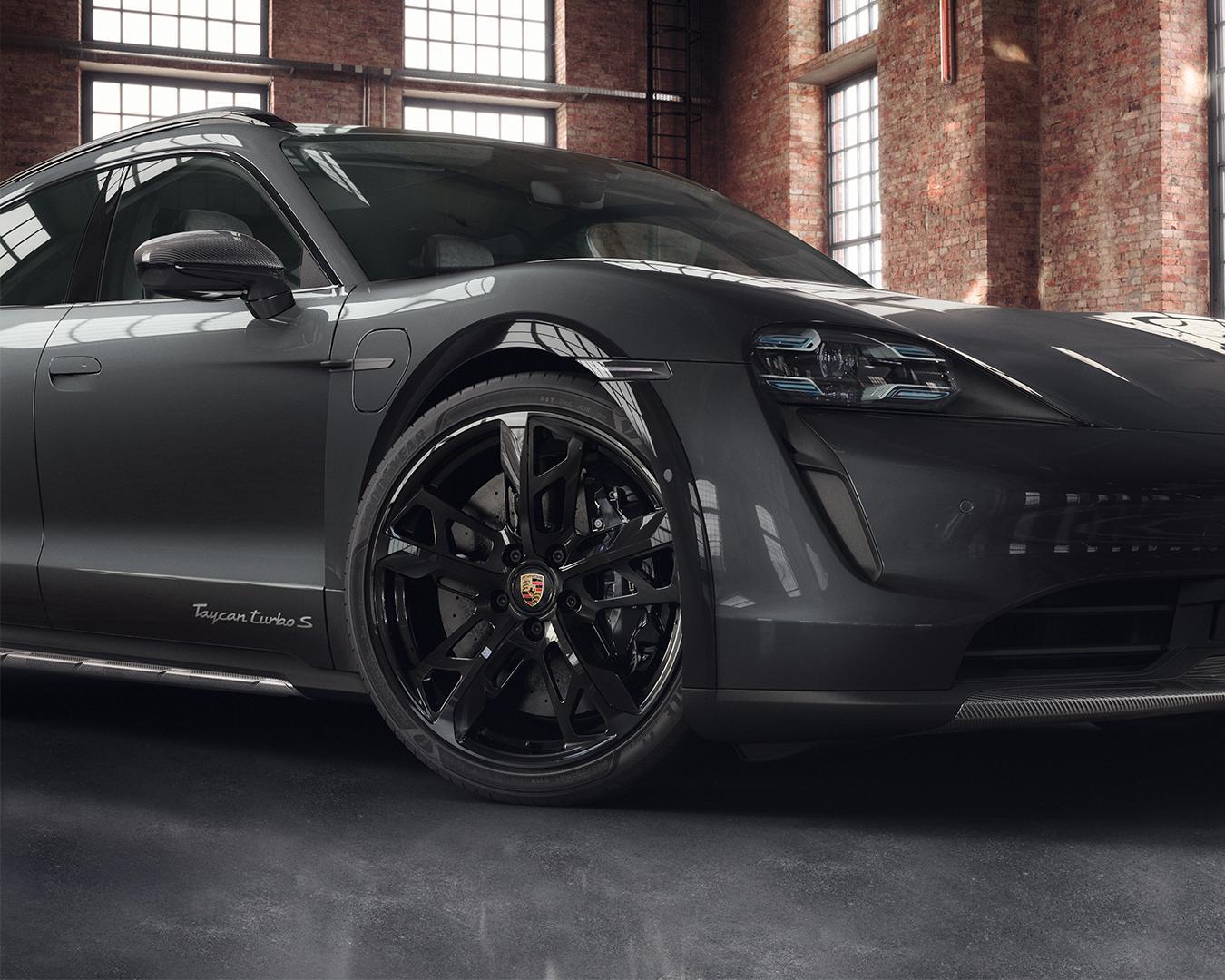 Porsche-Exclusive-Taycan-Cross-Turismo-2