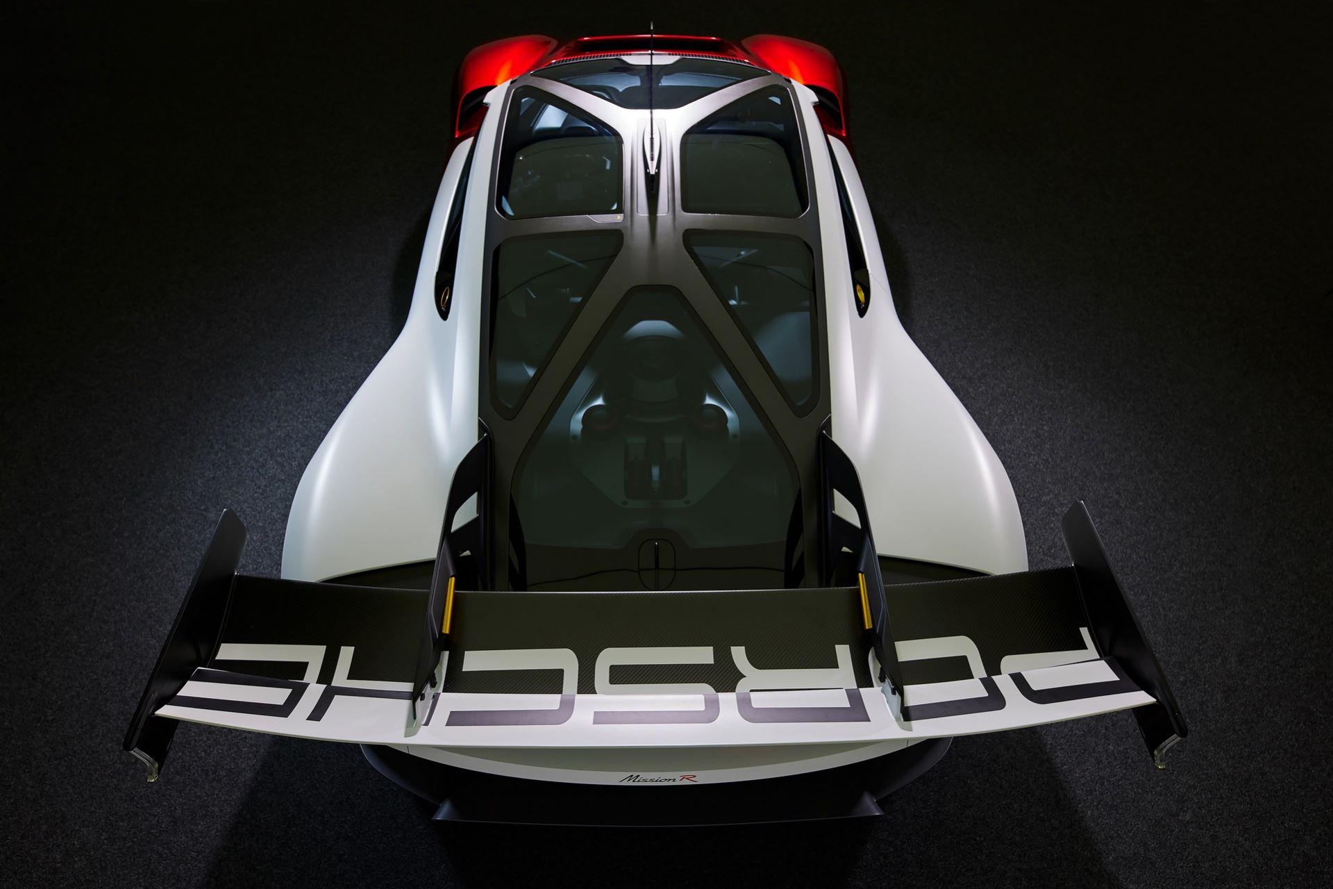 Porsche-Mission-R-concept-10