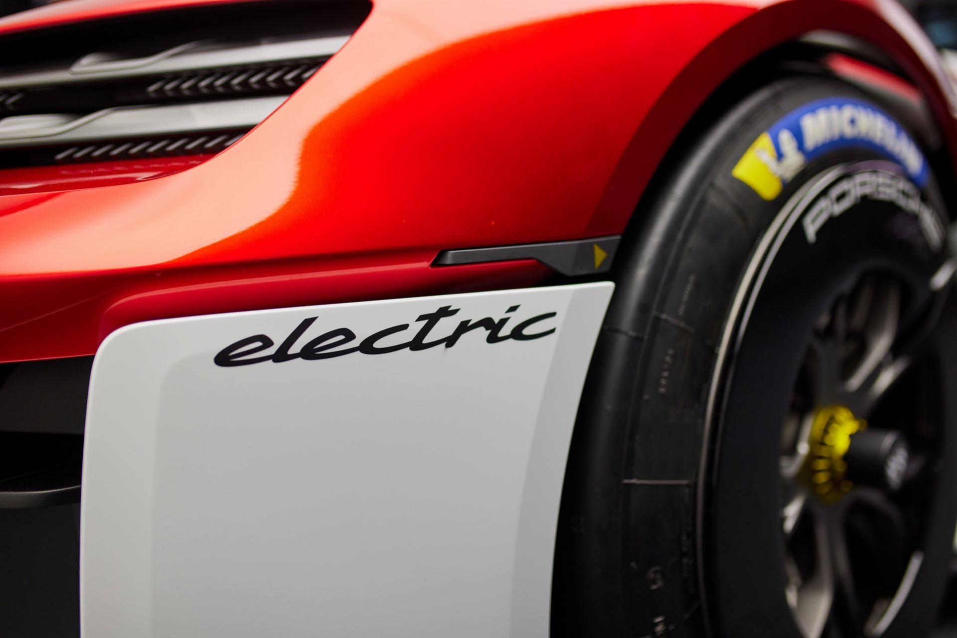 Porsche-Mission-R-concept-27