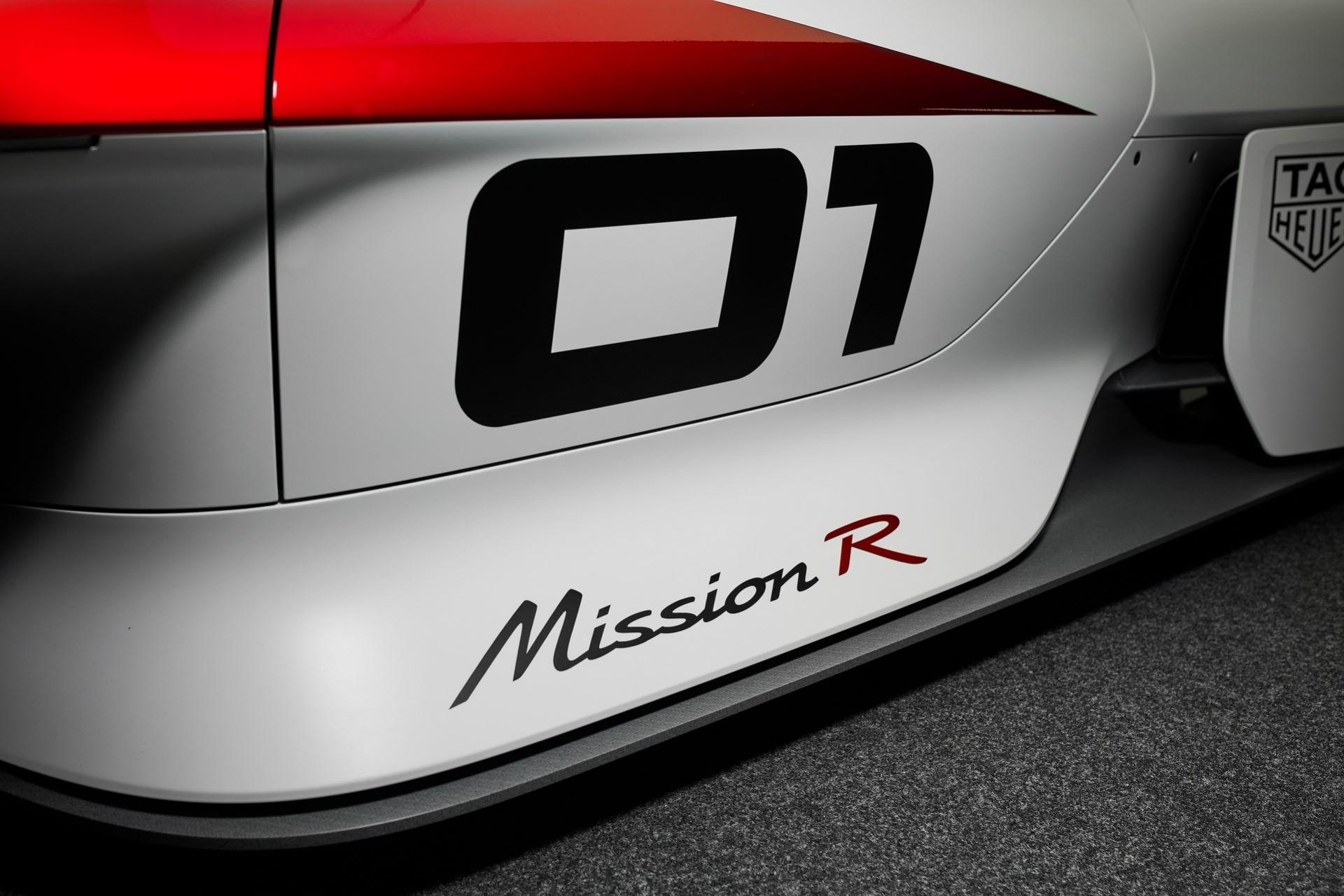 Porsche-Mission-R-concept-34