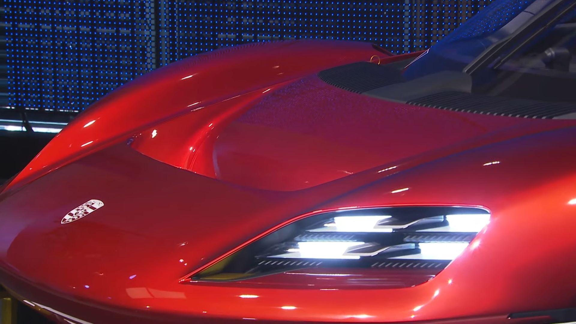 Porsche-Mission-R-concept-38