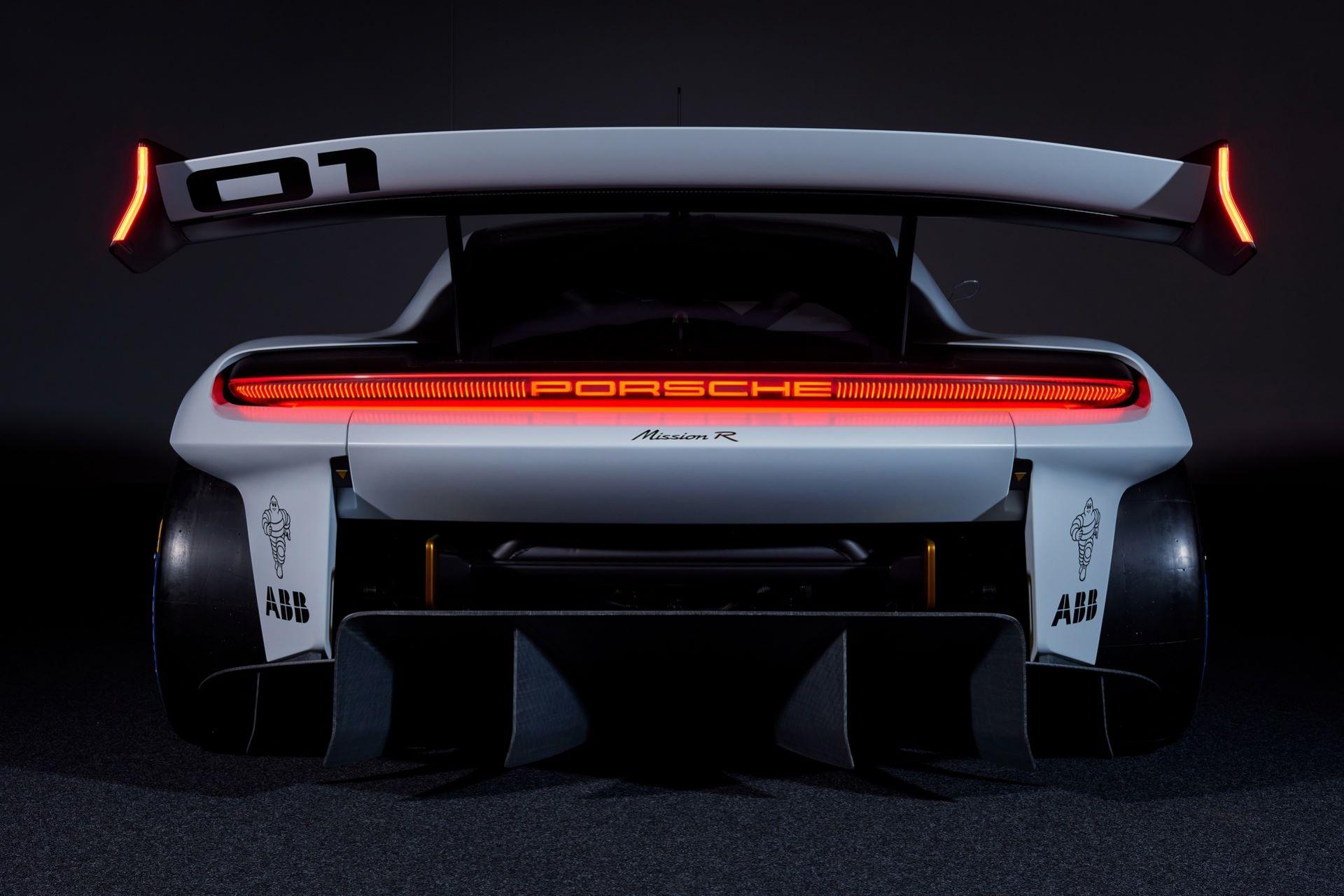Porsche-Mission-R-concept-6