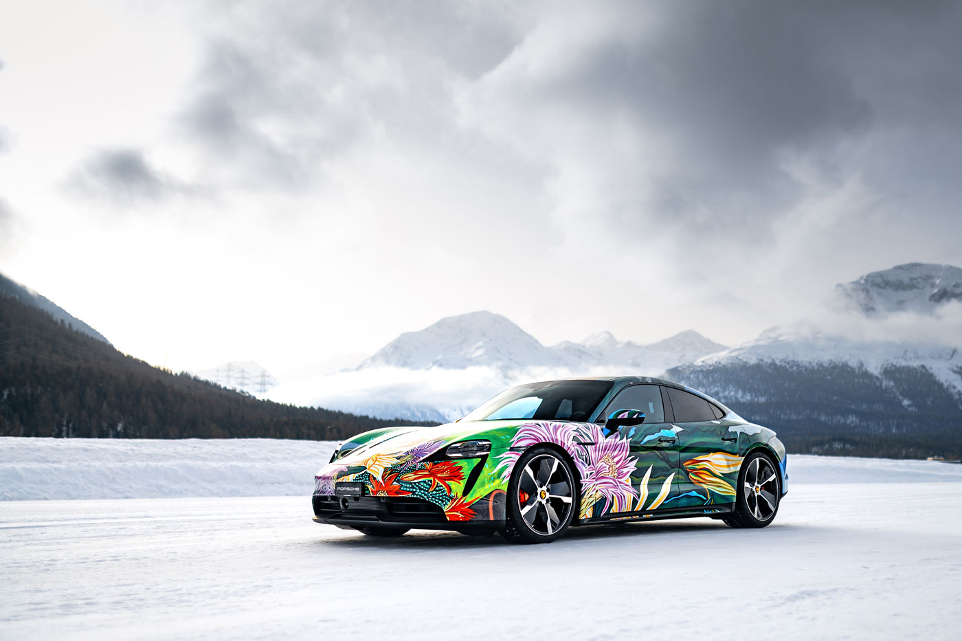 Porsche-Taycan-Art-Car-8