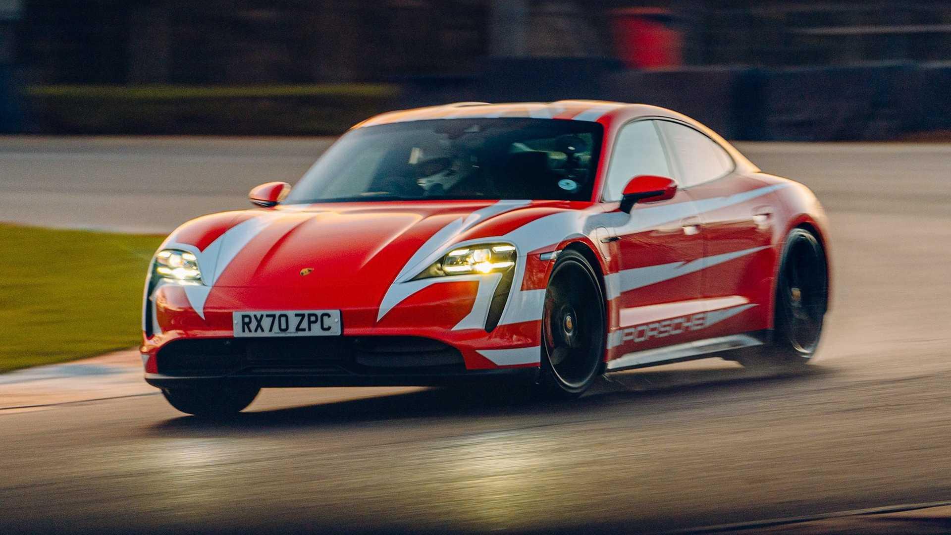 Porsche-Taycan-At-Brands-Hatch-Circuit-4