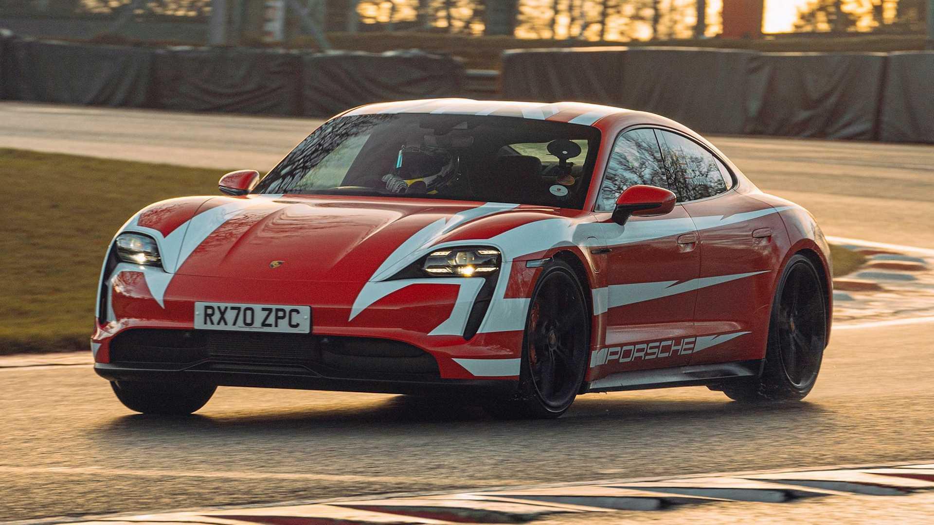 Porsche-Taycan-At-Brands-Hatch-Circuit-6