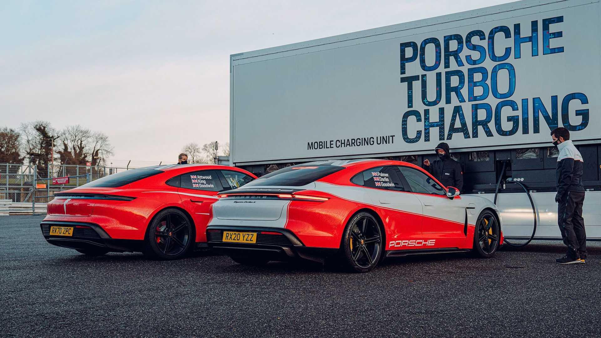 Porsche-Taycan-At-Brands-Hatch-Circuit-9