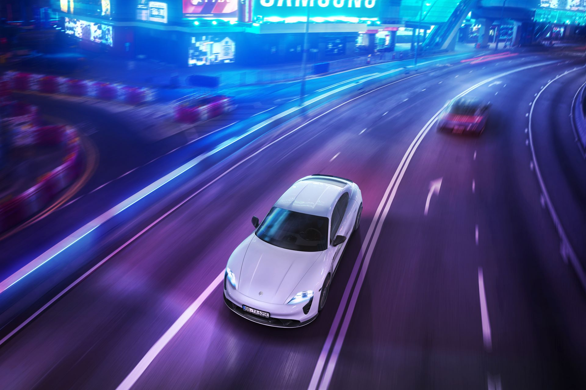 Porsche-Taycan-bodykit-by-TechArt-10