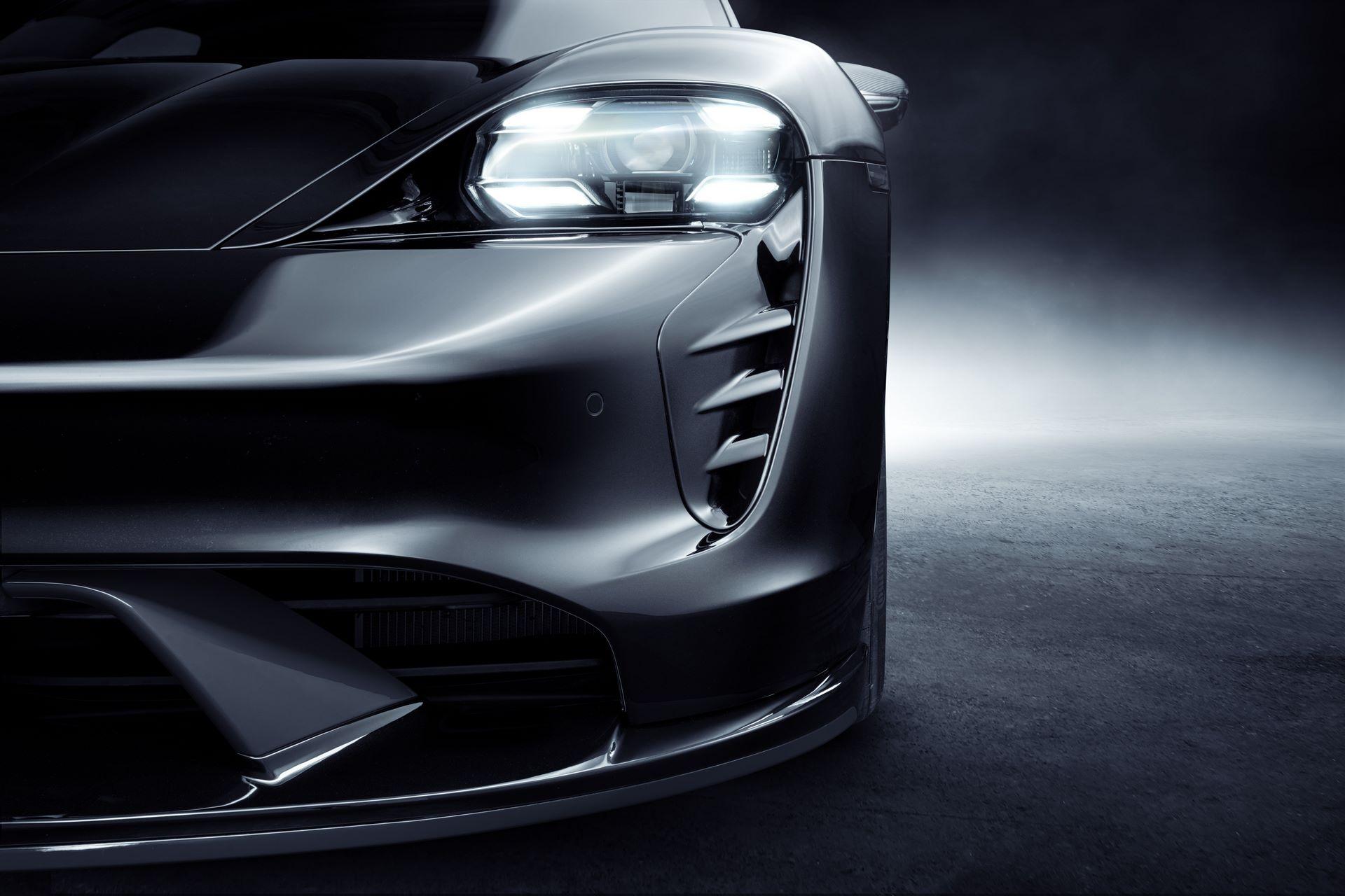 Porsche-Taycan-bodykit-by-TechArt-19