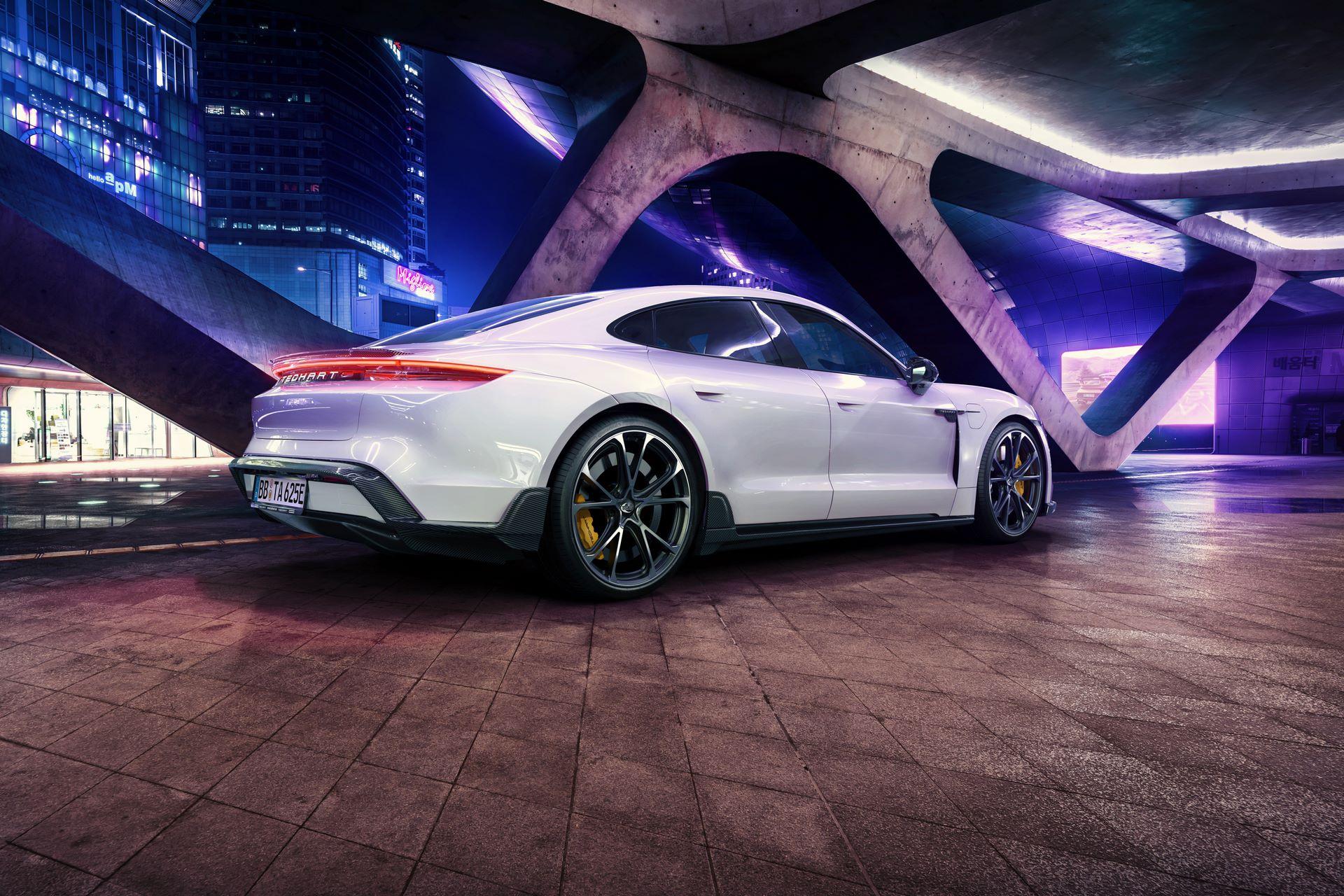 Porsche-Taycan-bodykit-by-TechArt-7