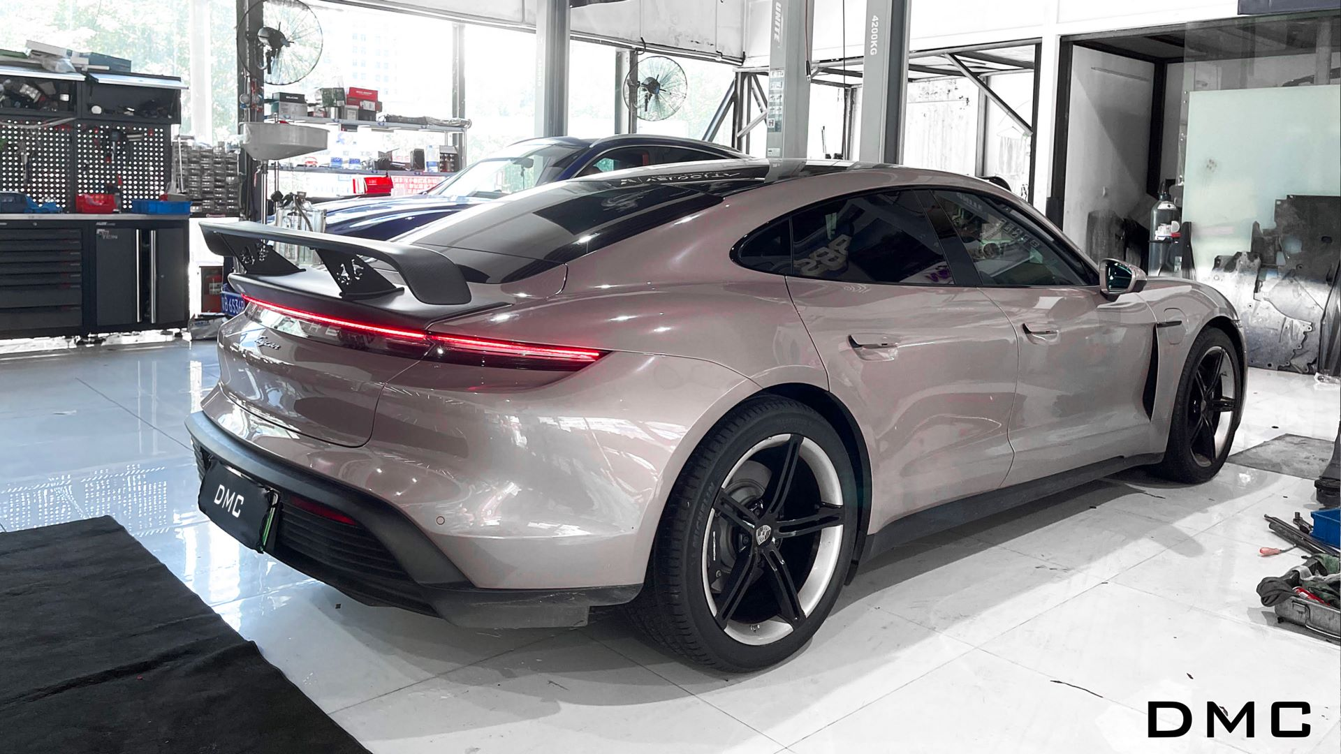 Porsche-Taycan-by-DMC-1