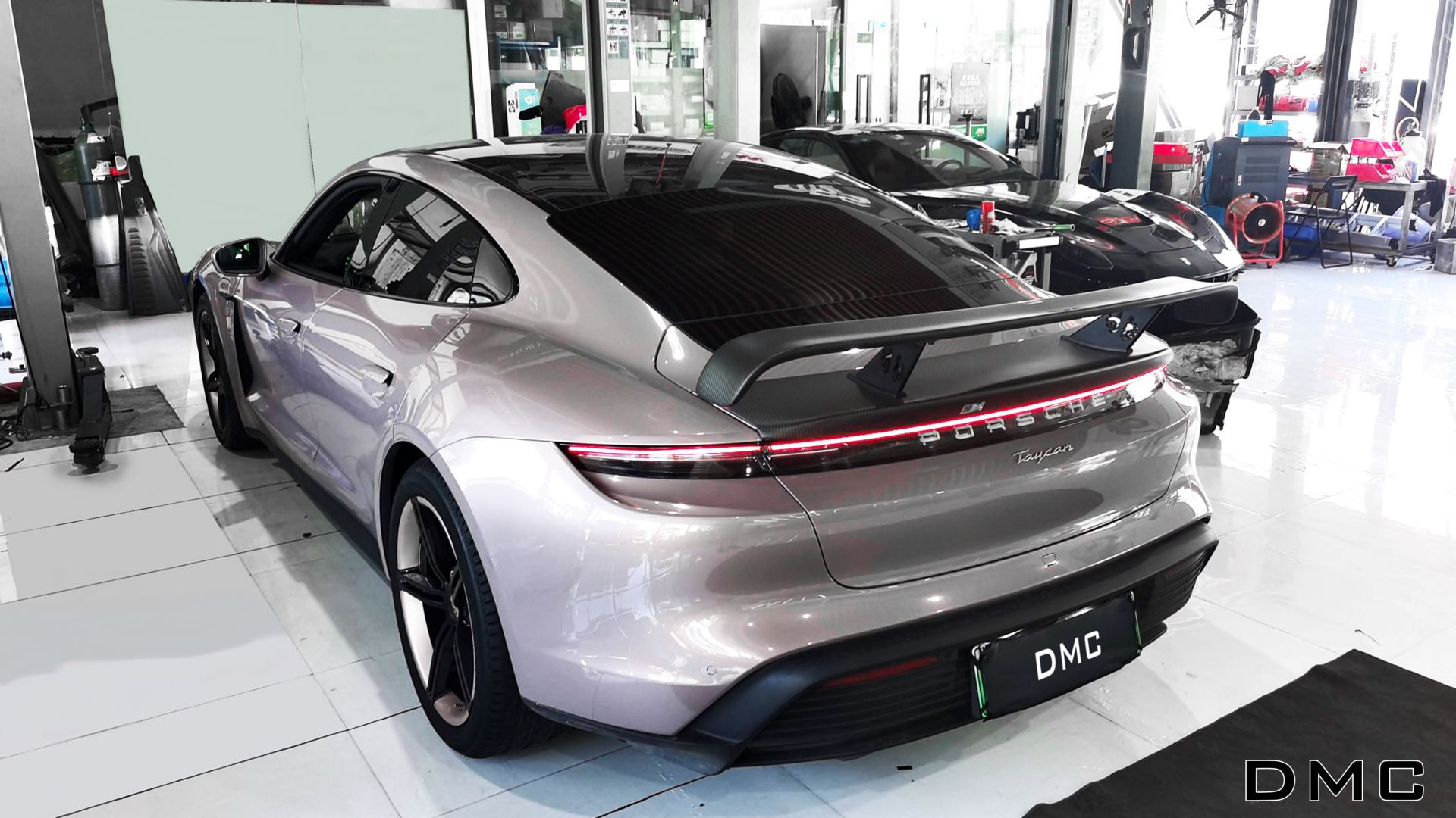 Porsche-Taycan-by-DMC-3