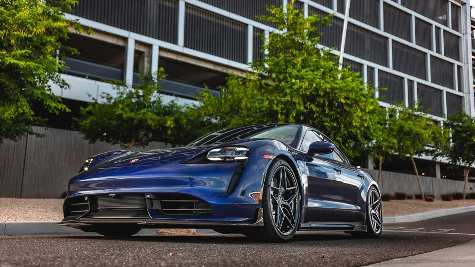 Porsche-Taycan-by-Vivid-Racing-13