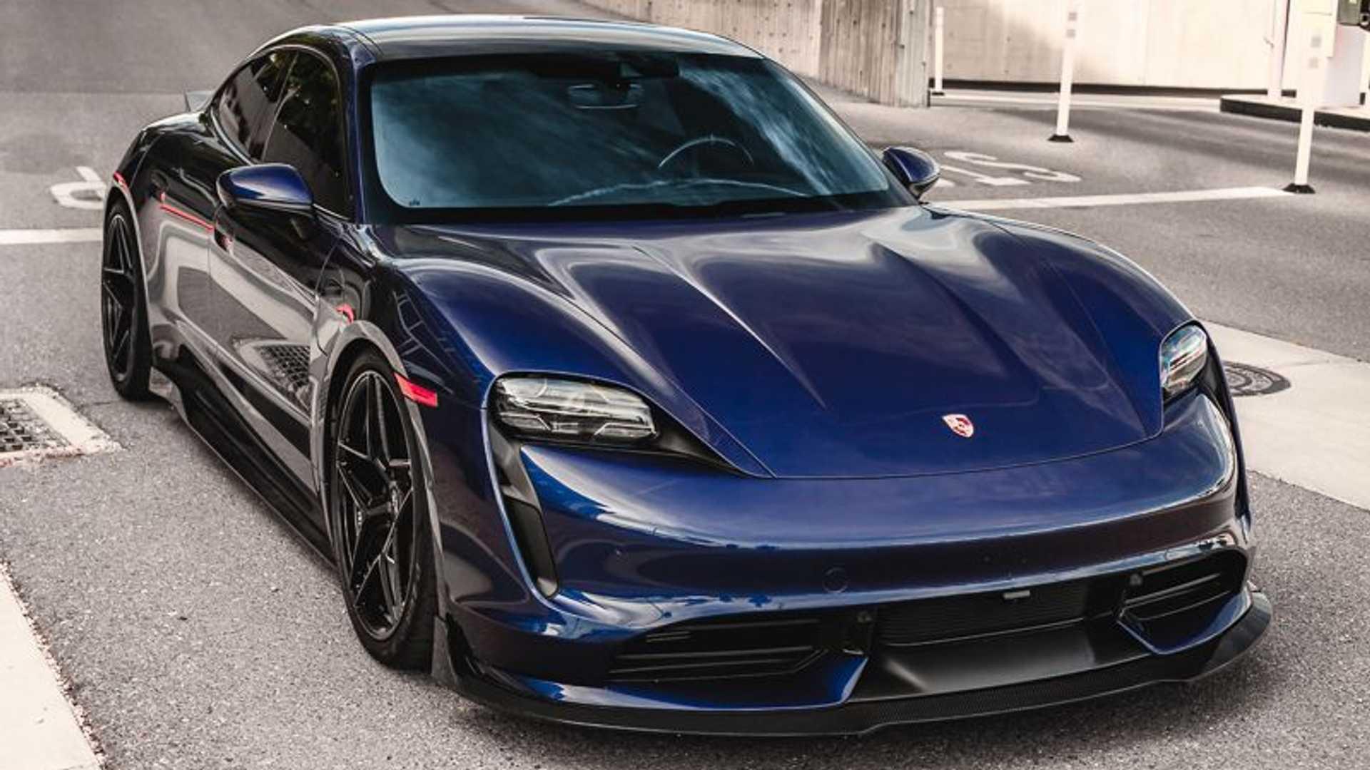 Porsche-Taycan-by-Vivid-Racing-18