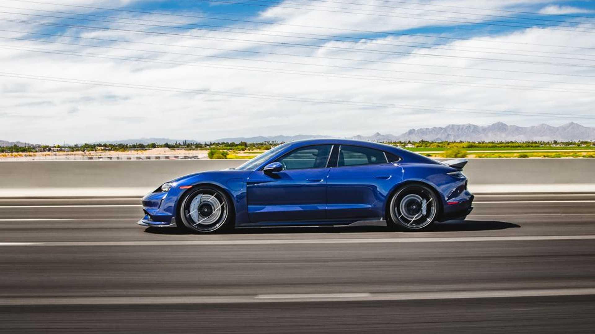 Porsche-Taycan-by-Vivid-Racing-20