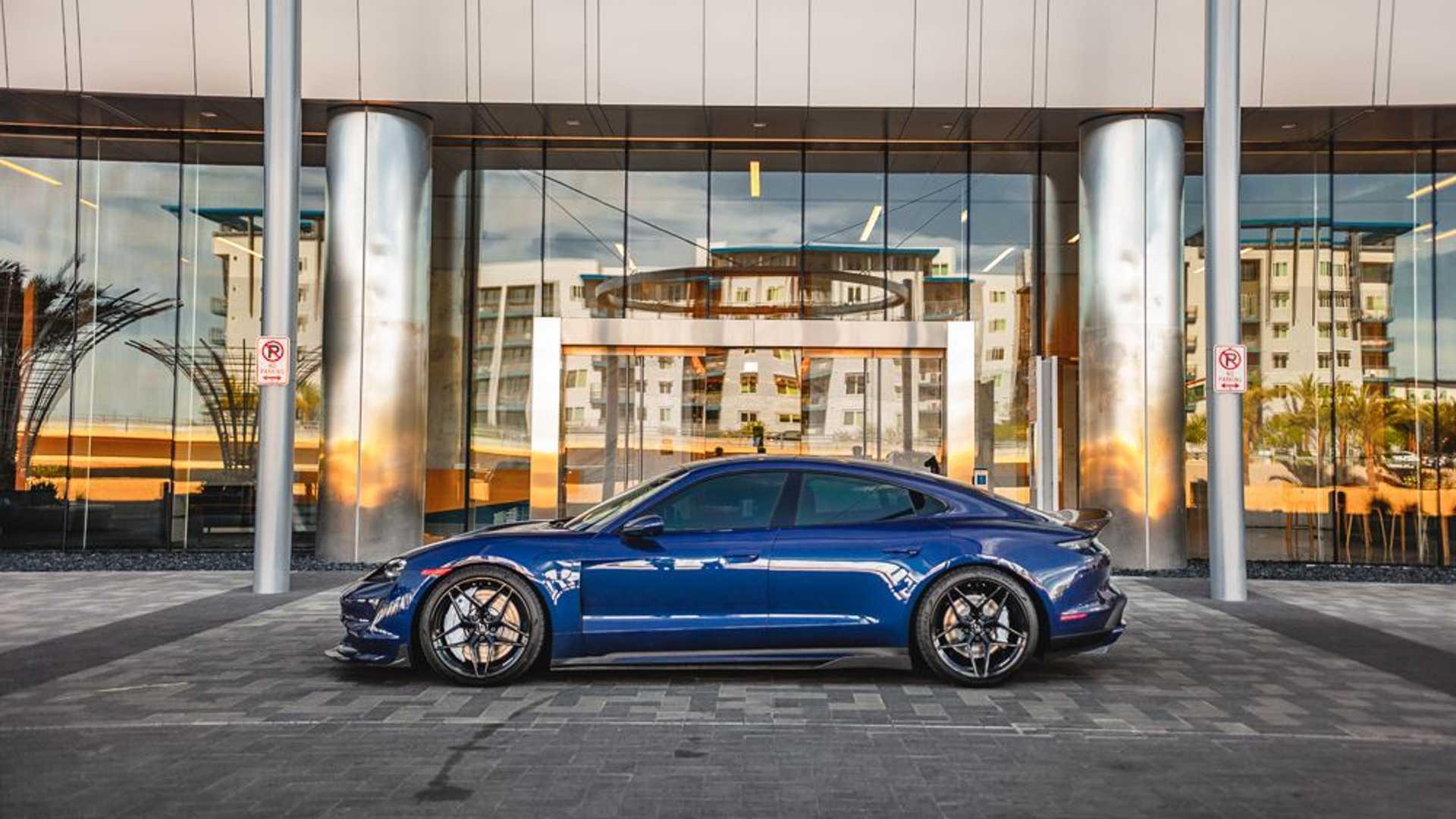 Porsche-Taycan-by-Vivid-Racing-25