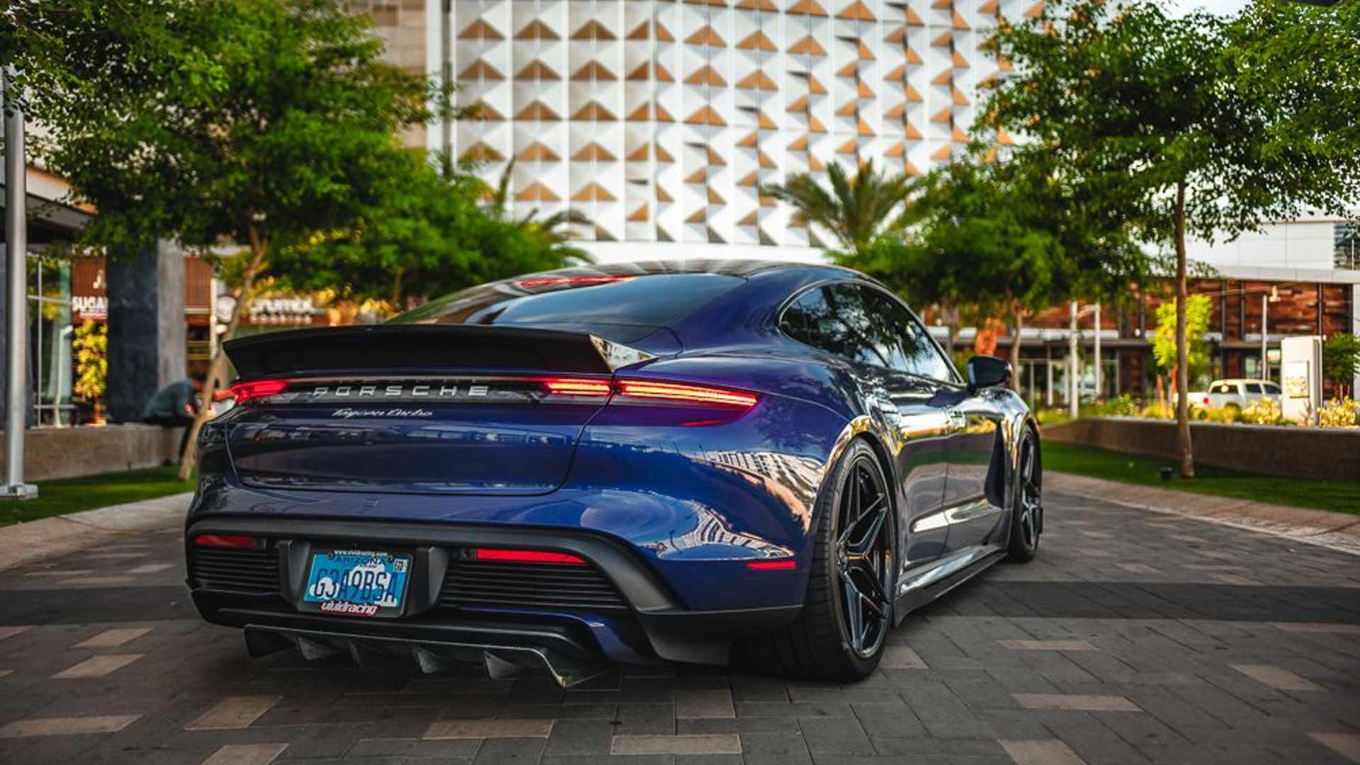 Porsche-Taycan-by-Vivid-Racing-29