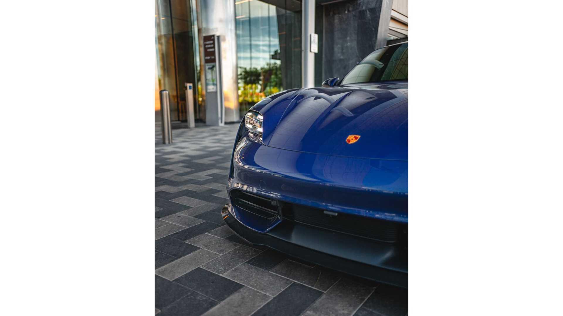 Porsche-Taycan-by-Vivid-Racing-36