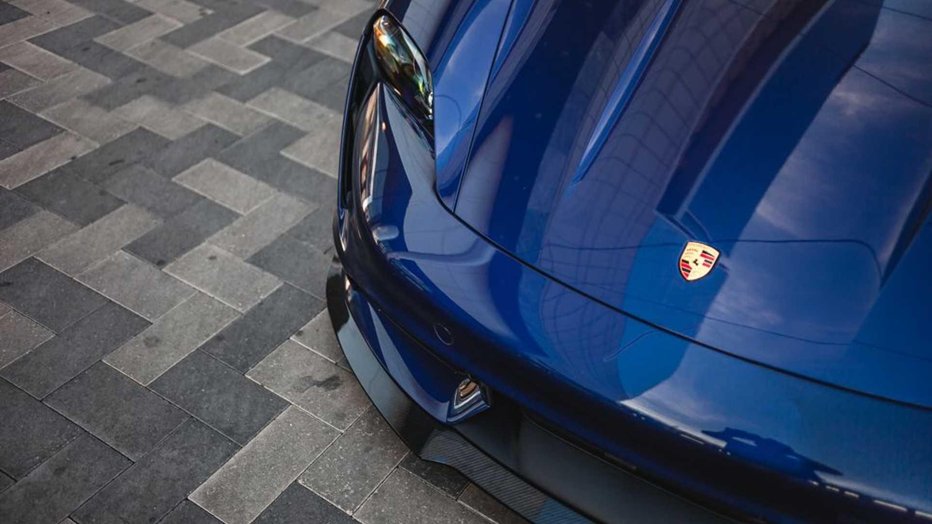 Porsche-Taycan-by-Vivid-Racing-39